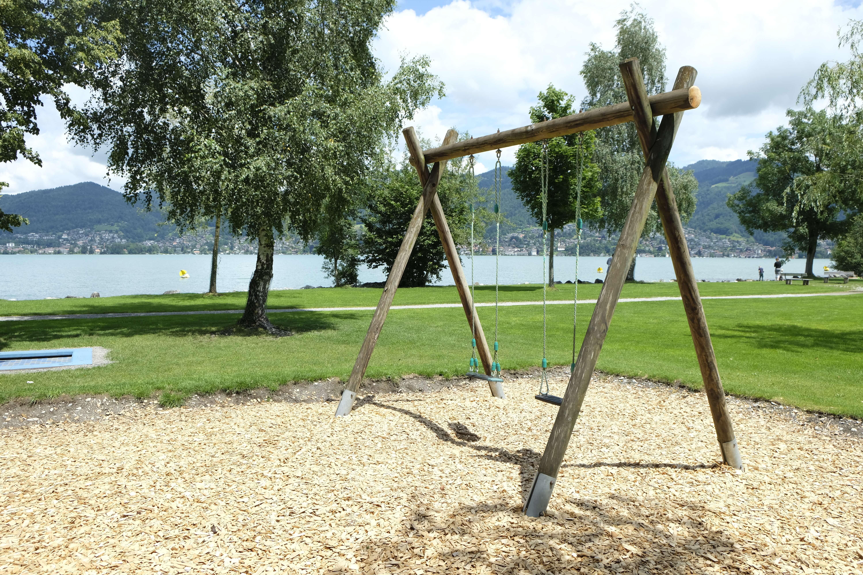 spielplatz-seewiese-einigen-schaukel.JPG