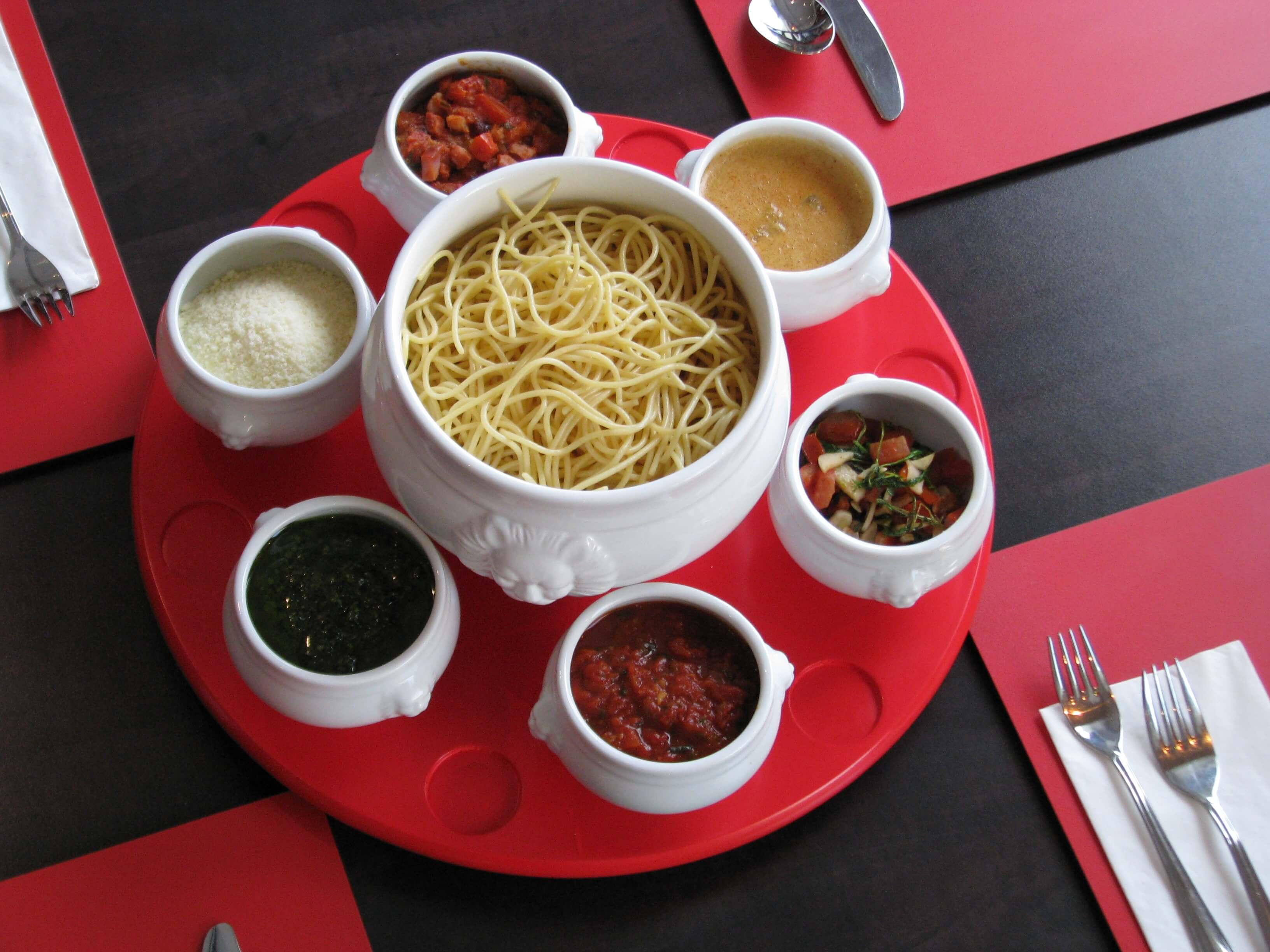 restaurant-krone-spaghetti-karrussell.JPG