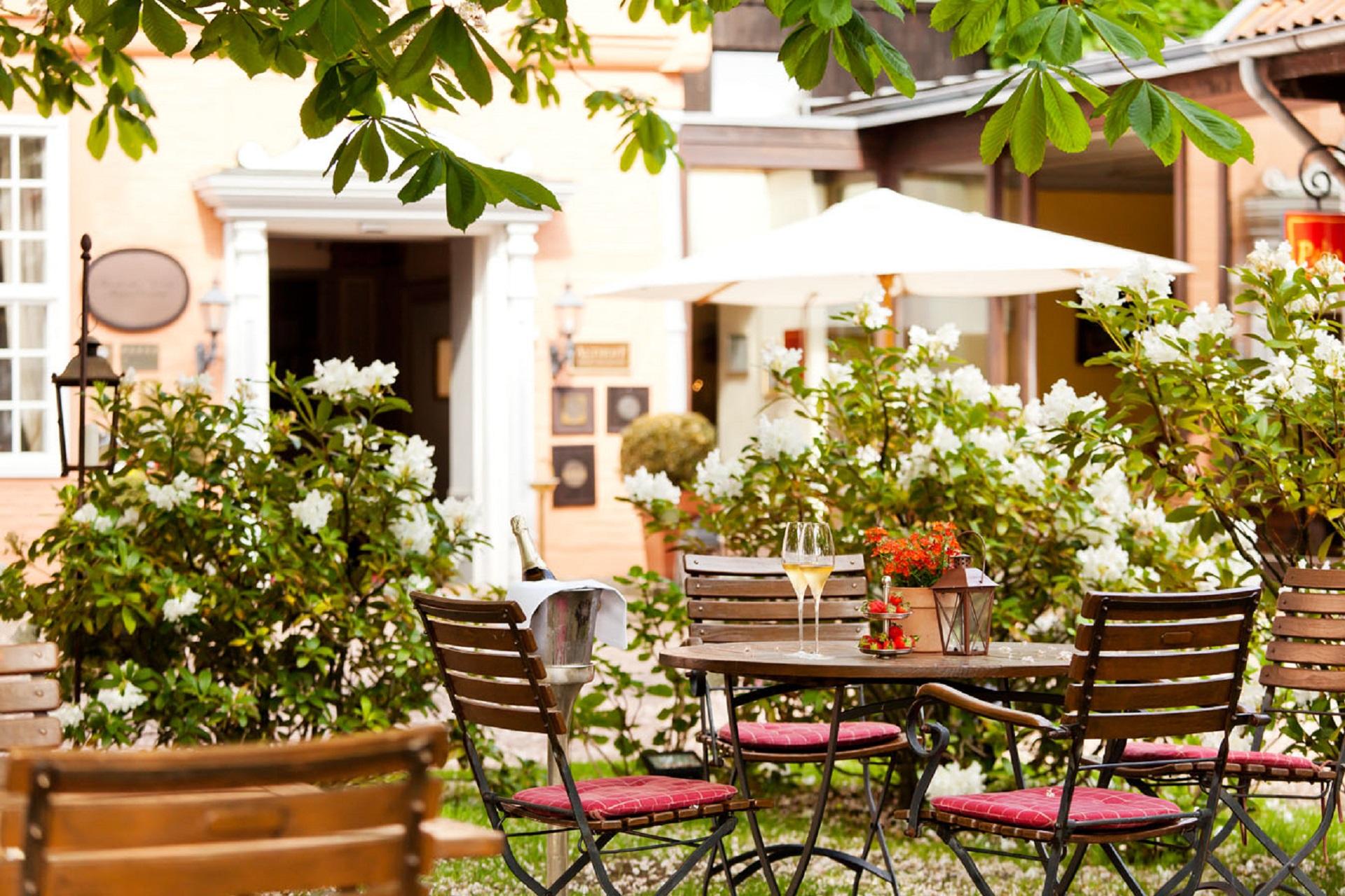 Althofff-Hotel-Fürstenhof-Unter den Kastanien.jpg