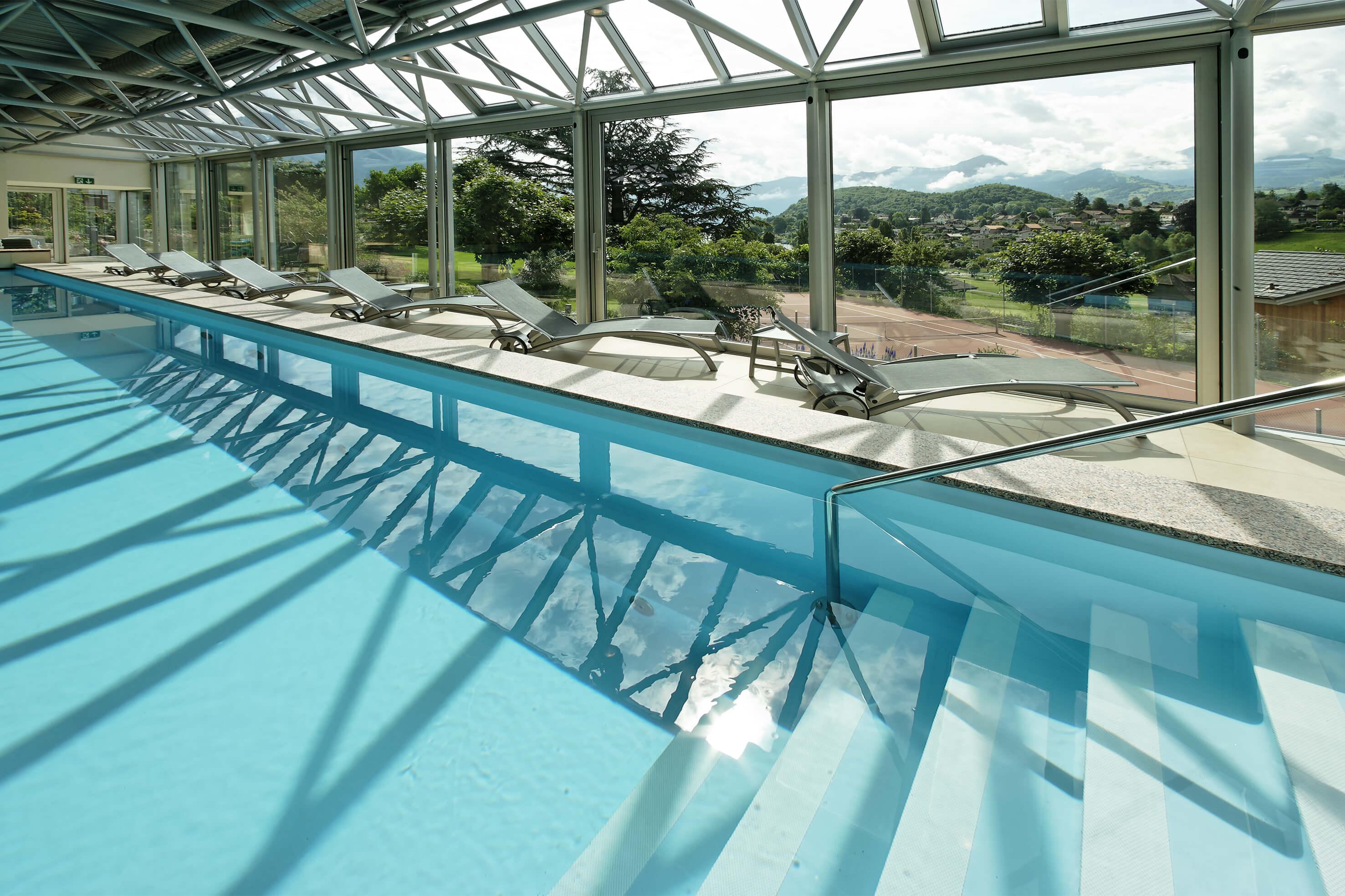 hotel-eden-wellness-panorama-hallenbad-spiez.jpg