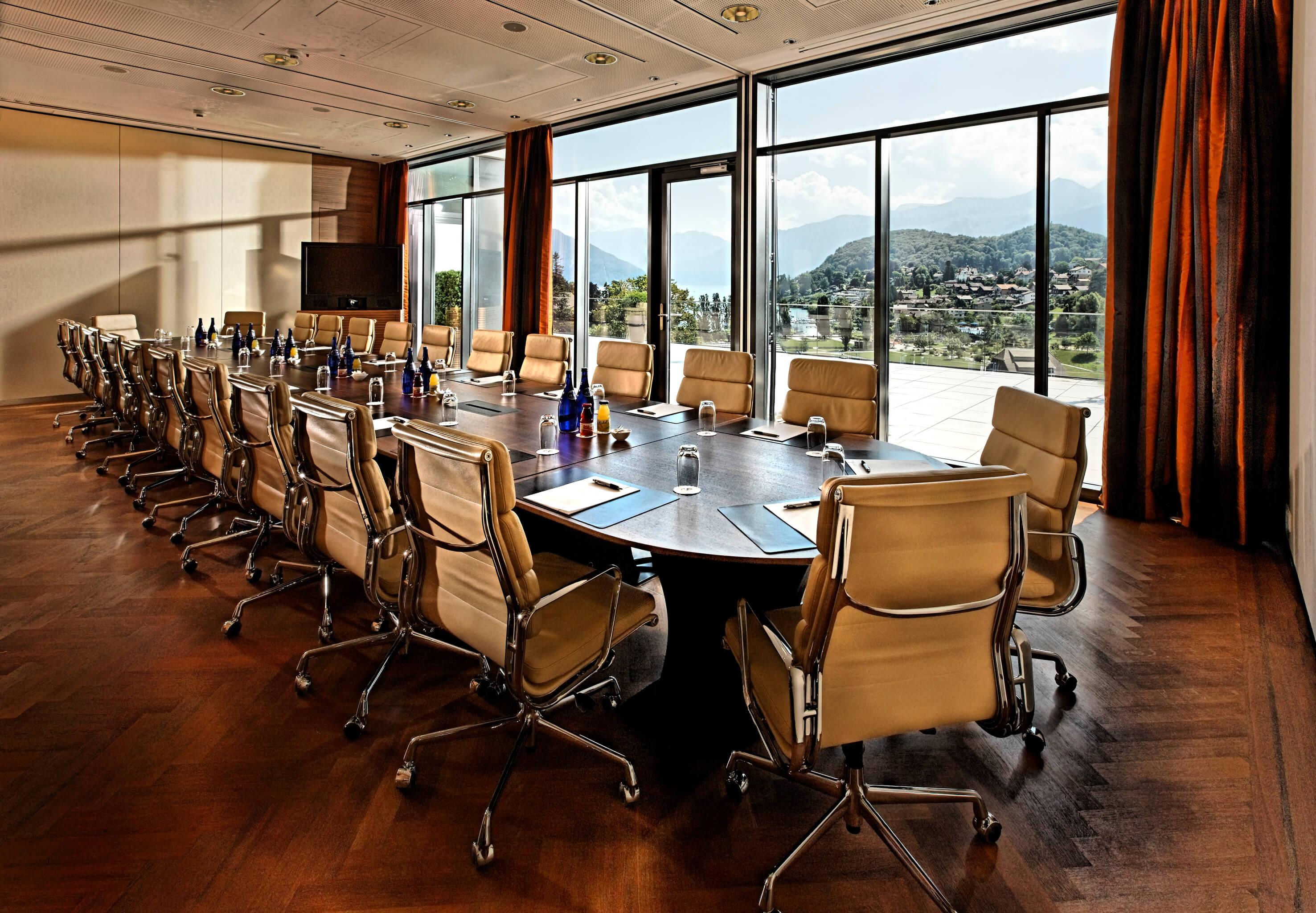 hotel-eden-meeting-boardroom-gross-spiez.jpg