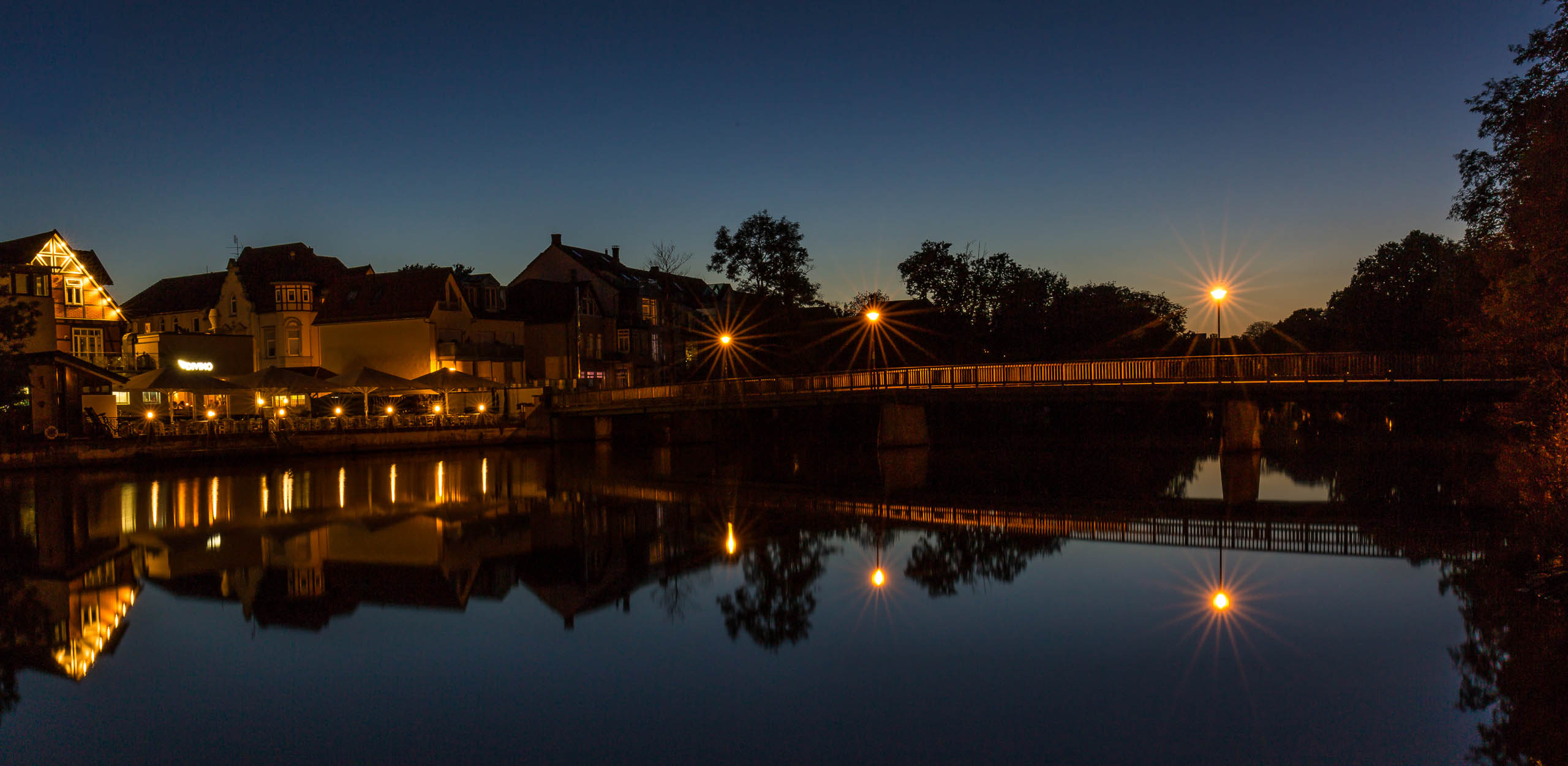 Pfennigbrücke in Celle bei Nacht