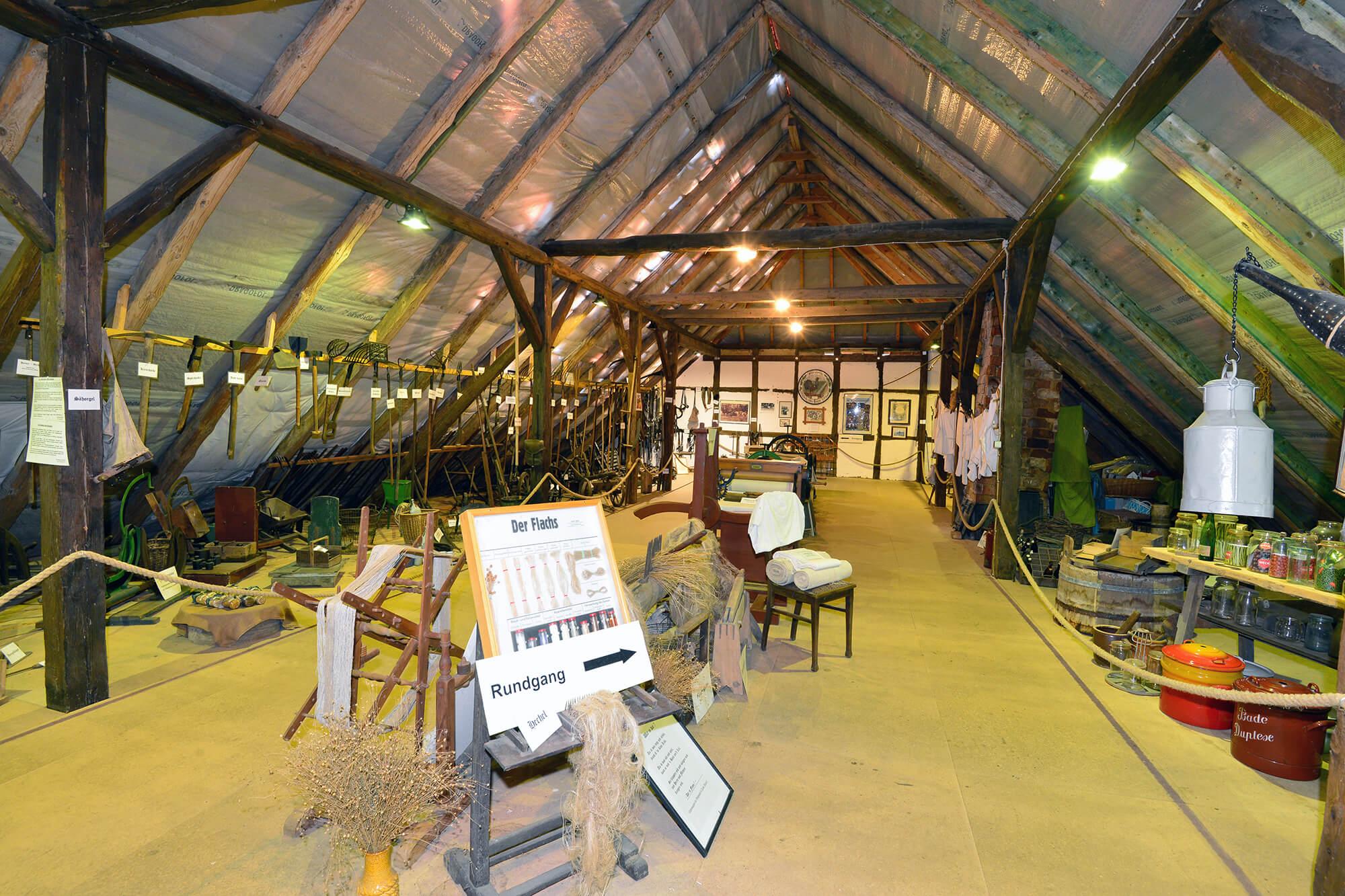 Heimatmuseum Müden_Boden.jpg