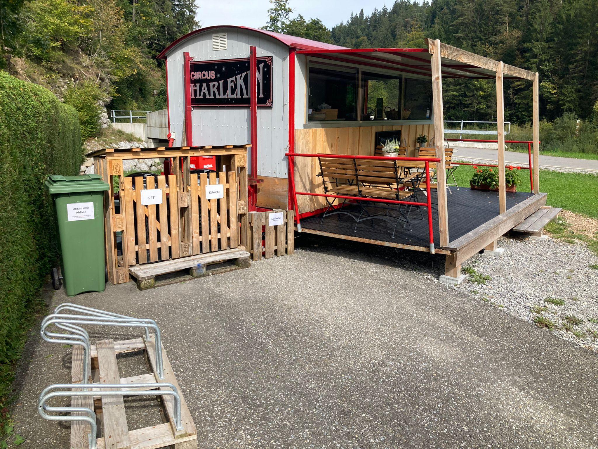 Rückseite des Bistro Barwagens