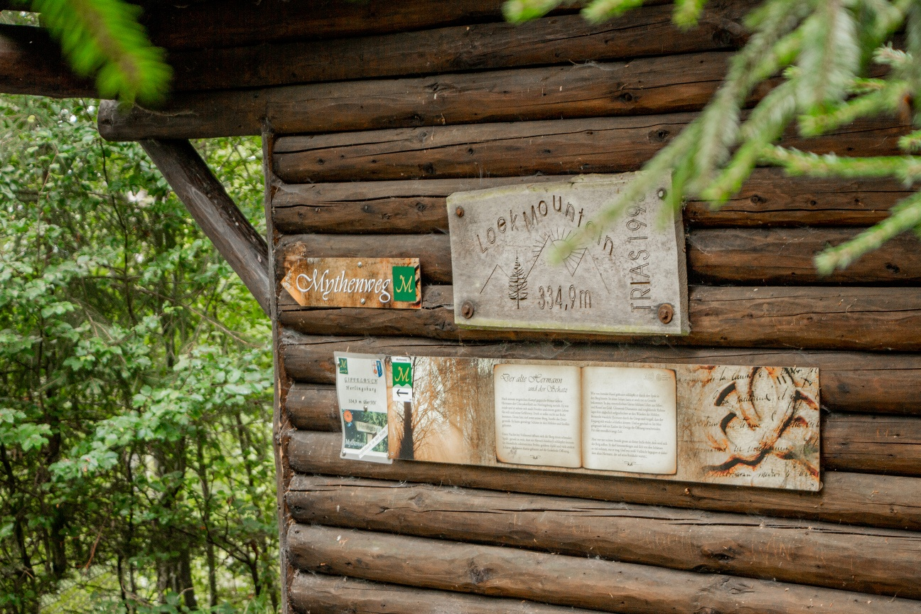 Schutzhütte an der Herlingsburg