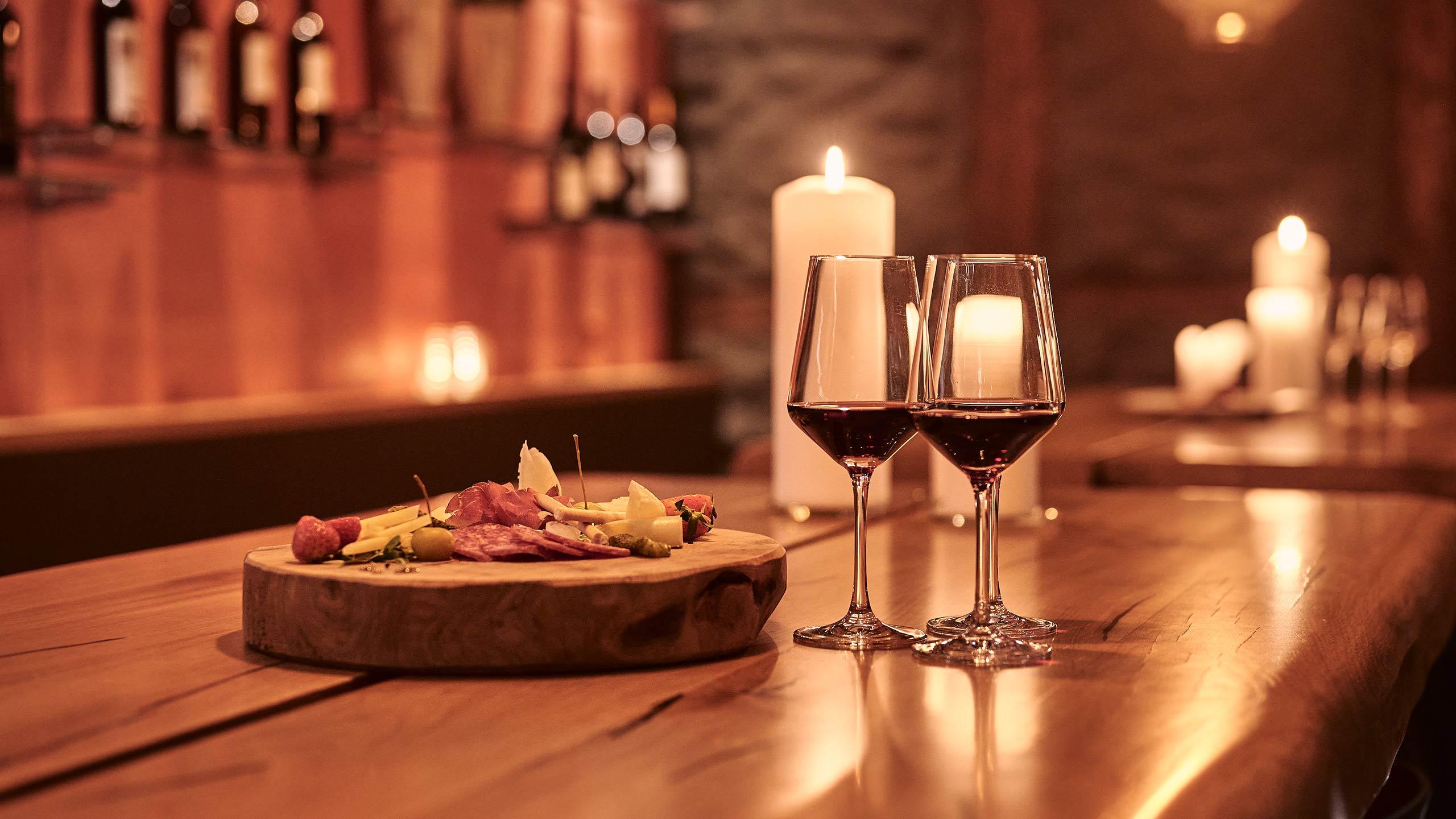 restaurant-taverne-hotel-interlaken-klosetr-keller-speise.jpg