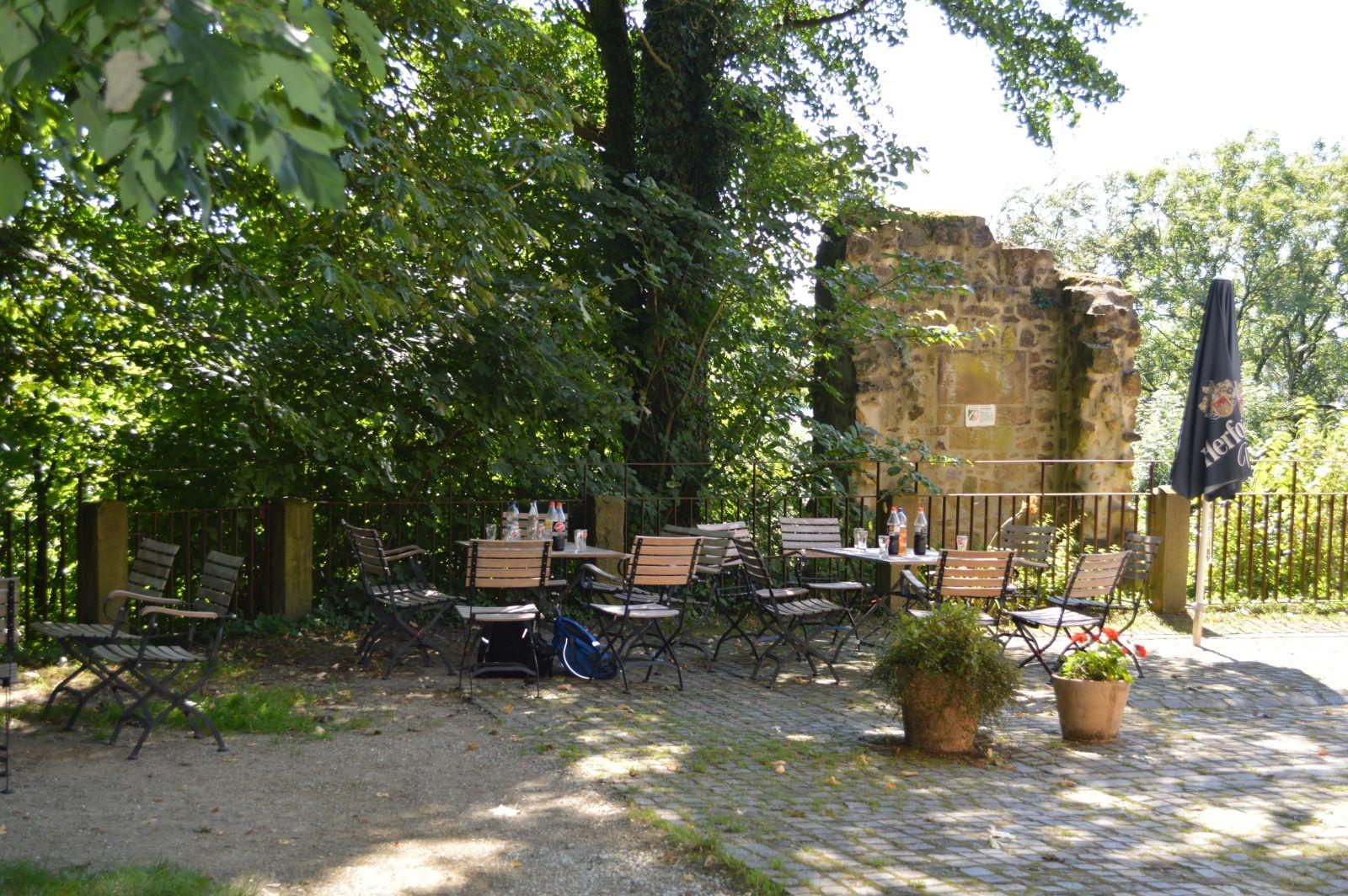 Burg Ravensberg - Biergarten