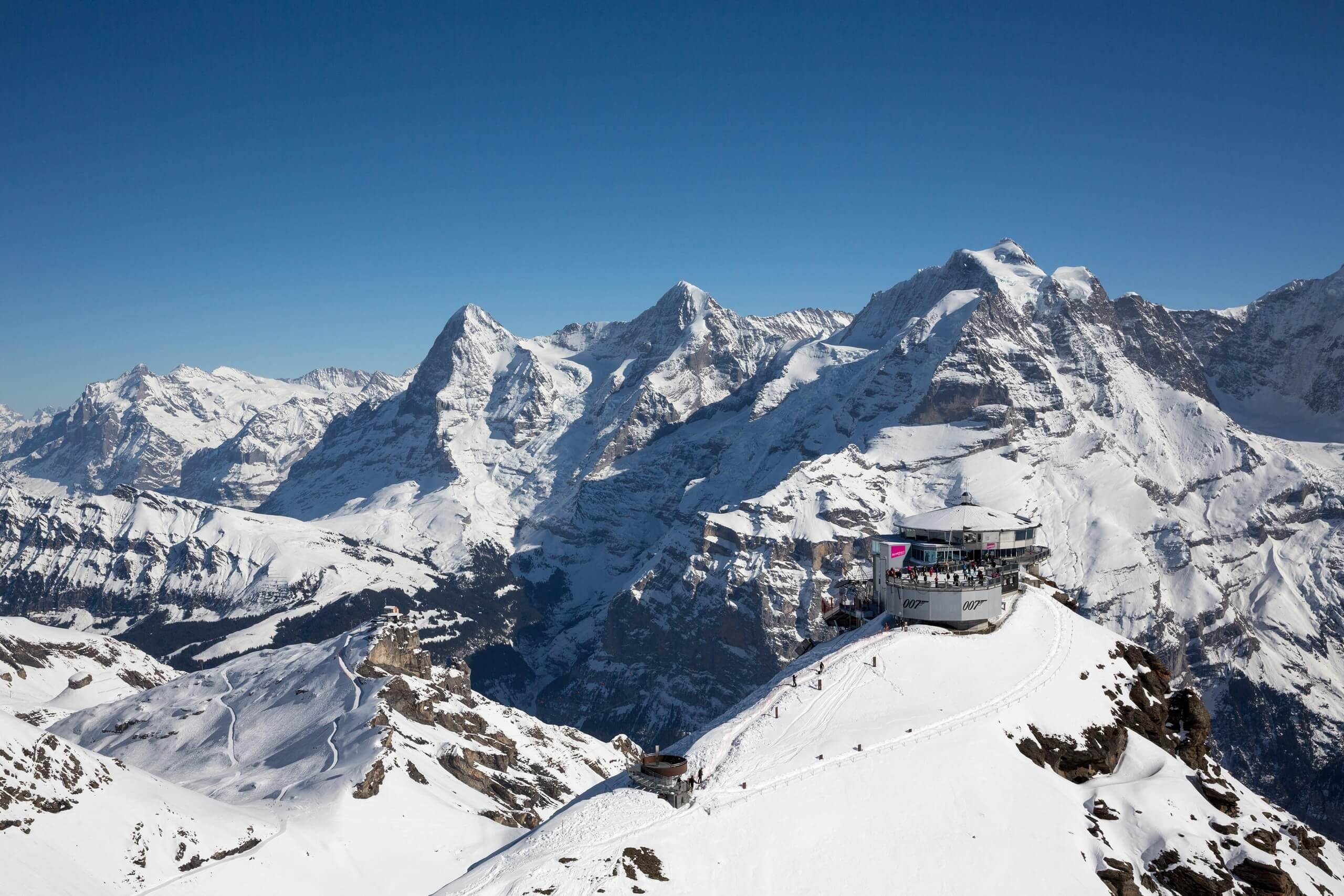 schilthorn-piz-gloria-schnee-panorama