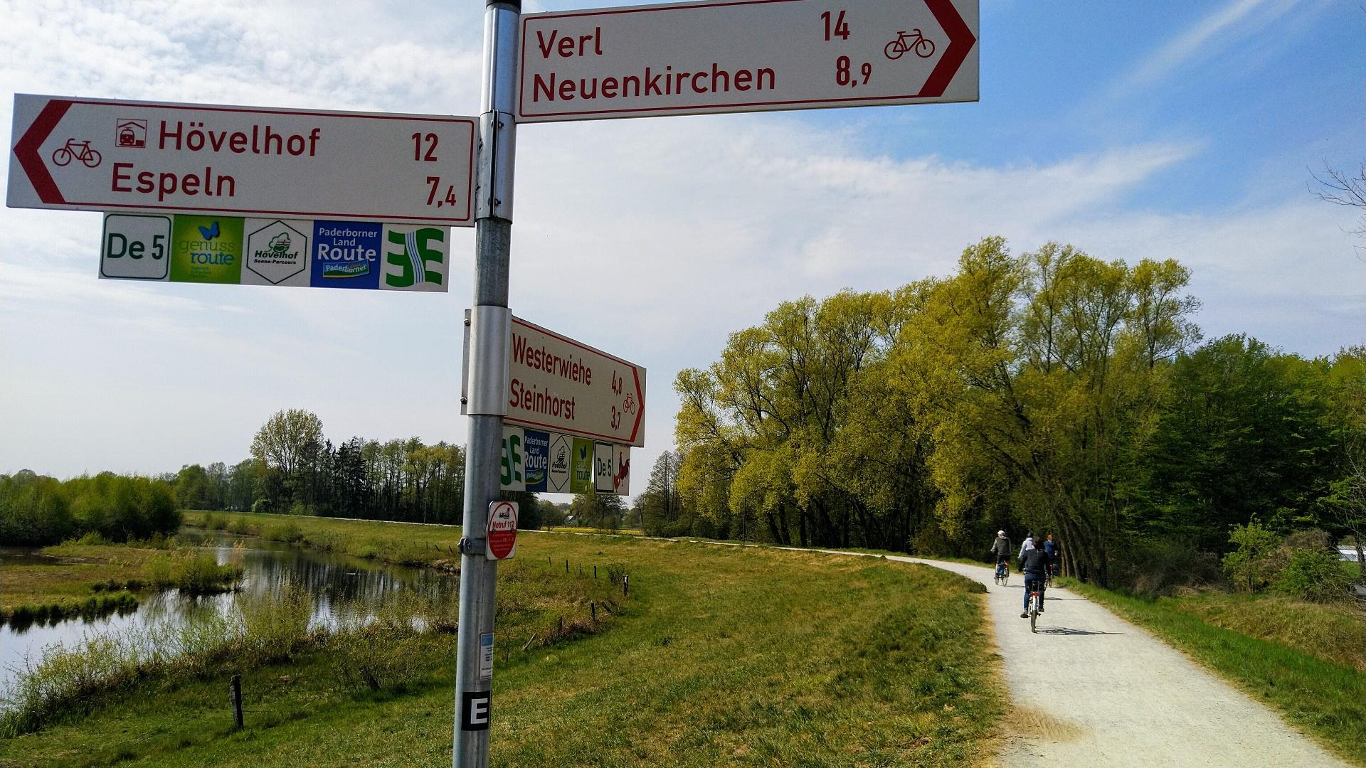 Radbeschilderung am Steinhorster Becken