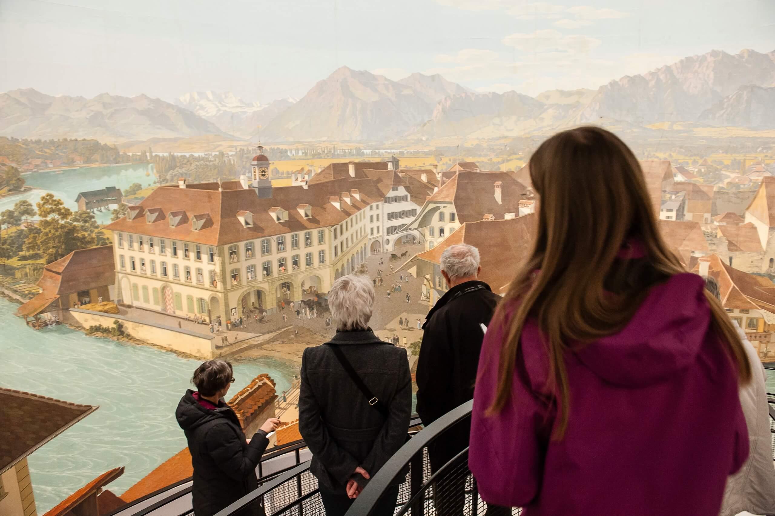 thun-panorama-wocher-innenansicht-gruppe-museen