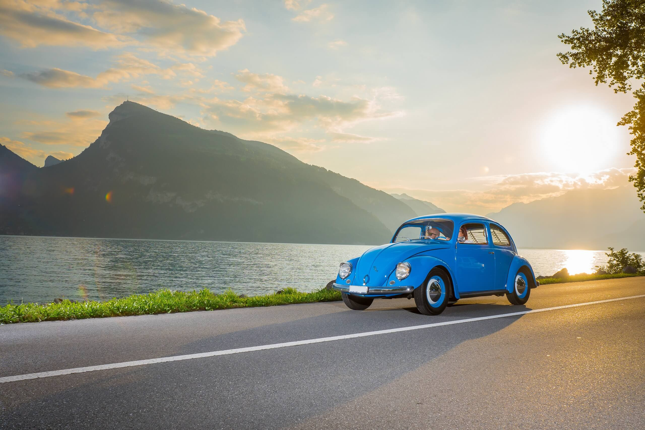 grand-tour-of-switzerland-sommer-thunersee