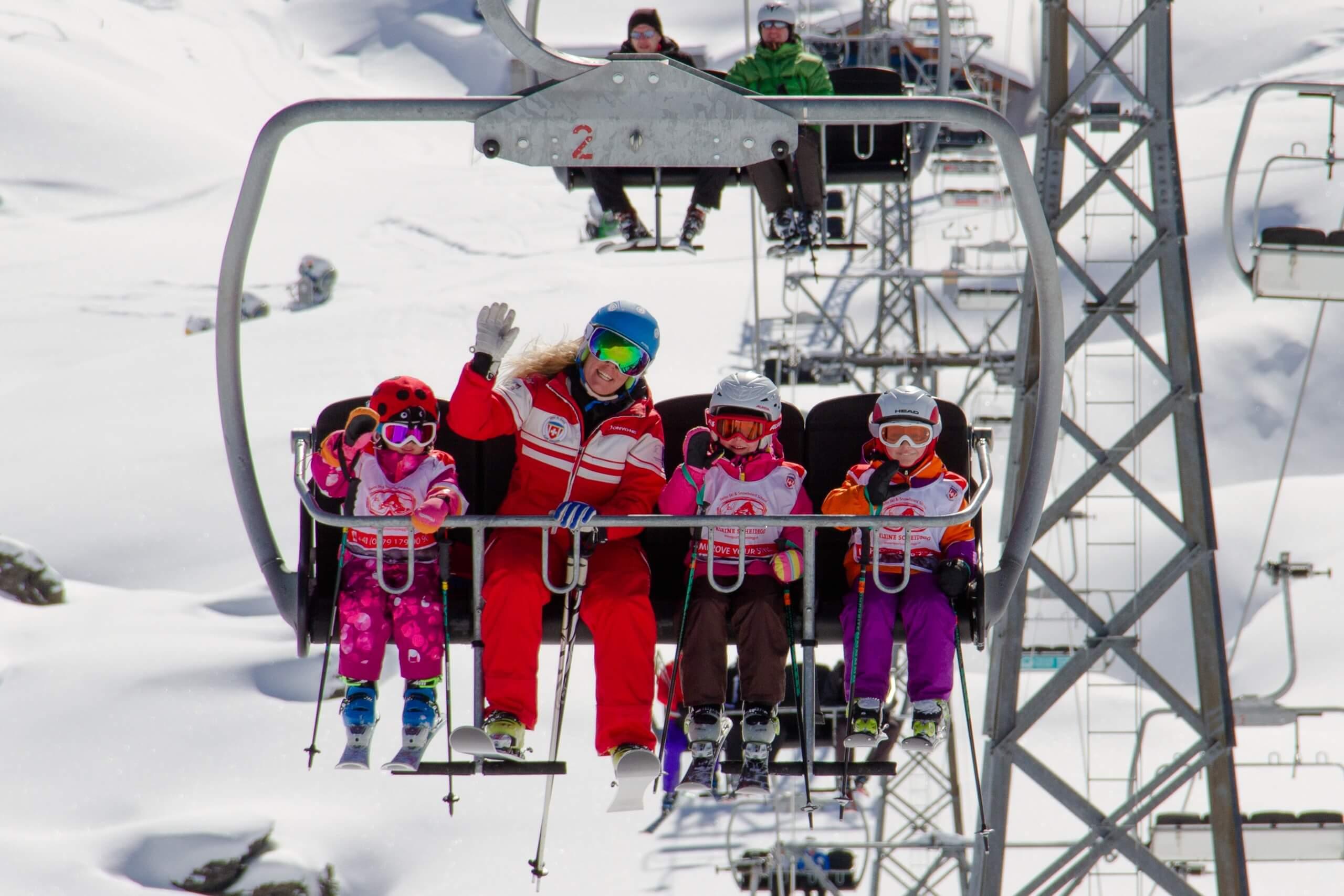 schweizer-skischule-interlaken-kleine-scheidegg-winter-sessellift