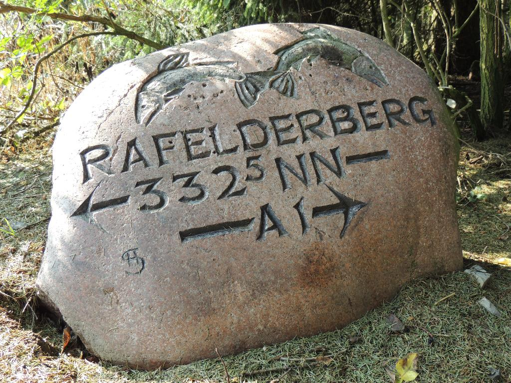 Findling Rafelder Berg