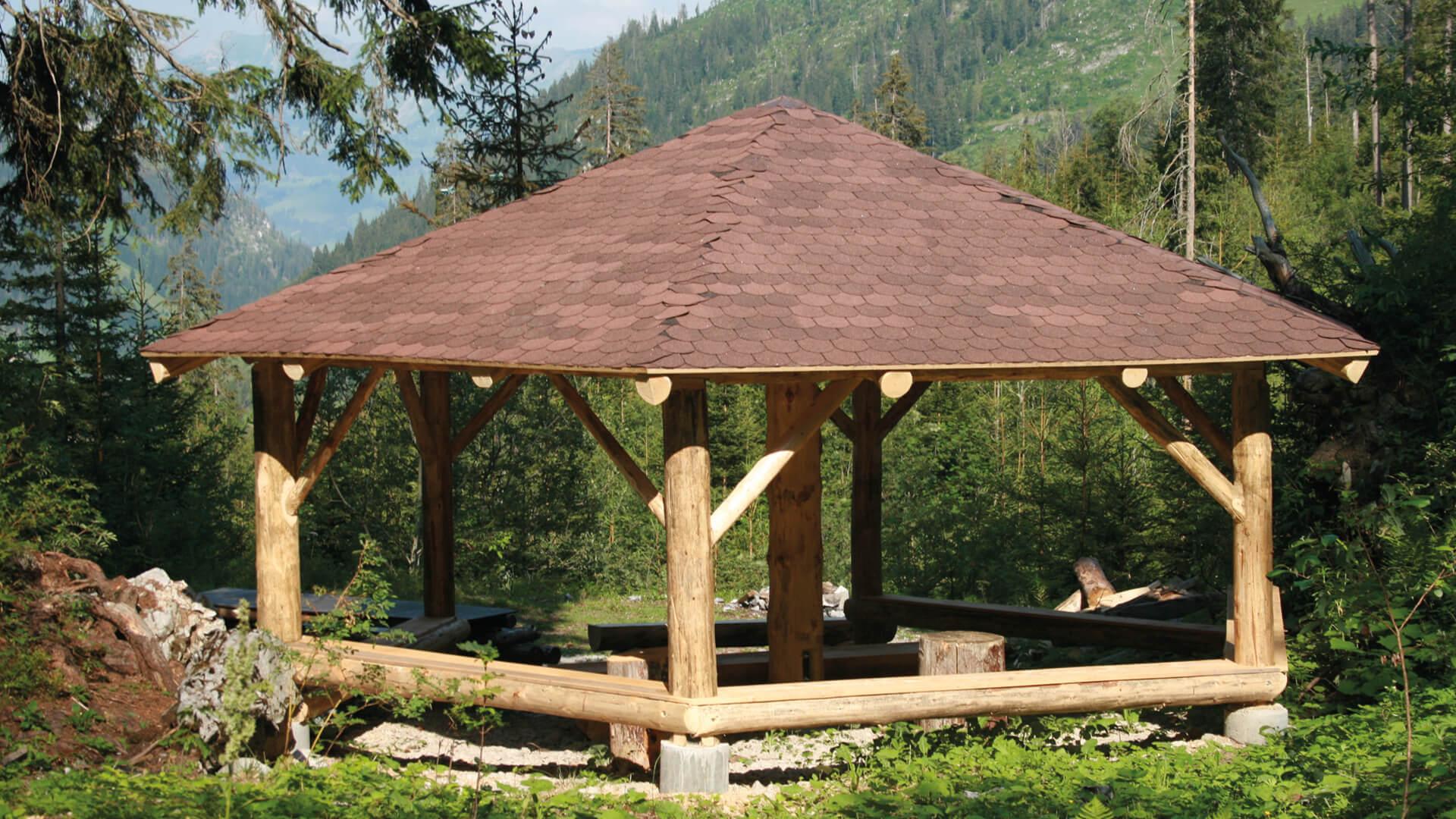 Feuerstelle Waldpavillon Fluehschwand