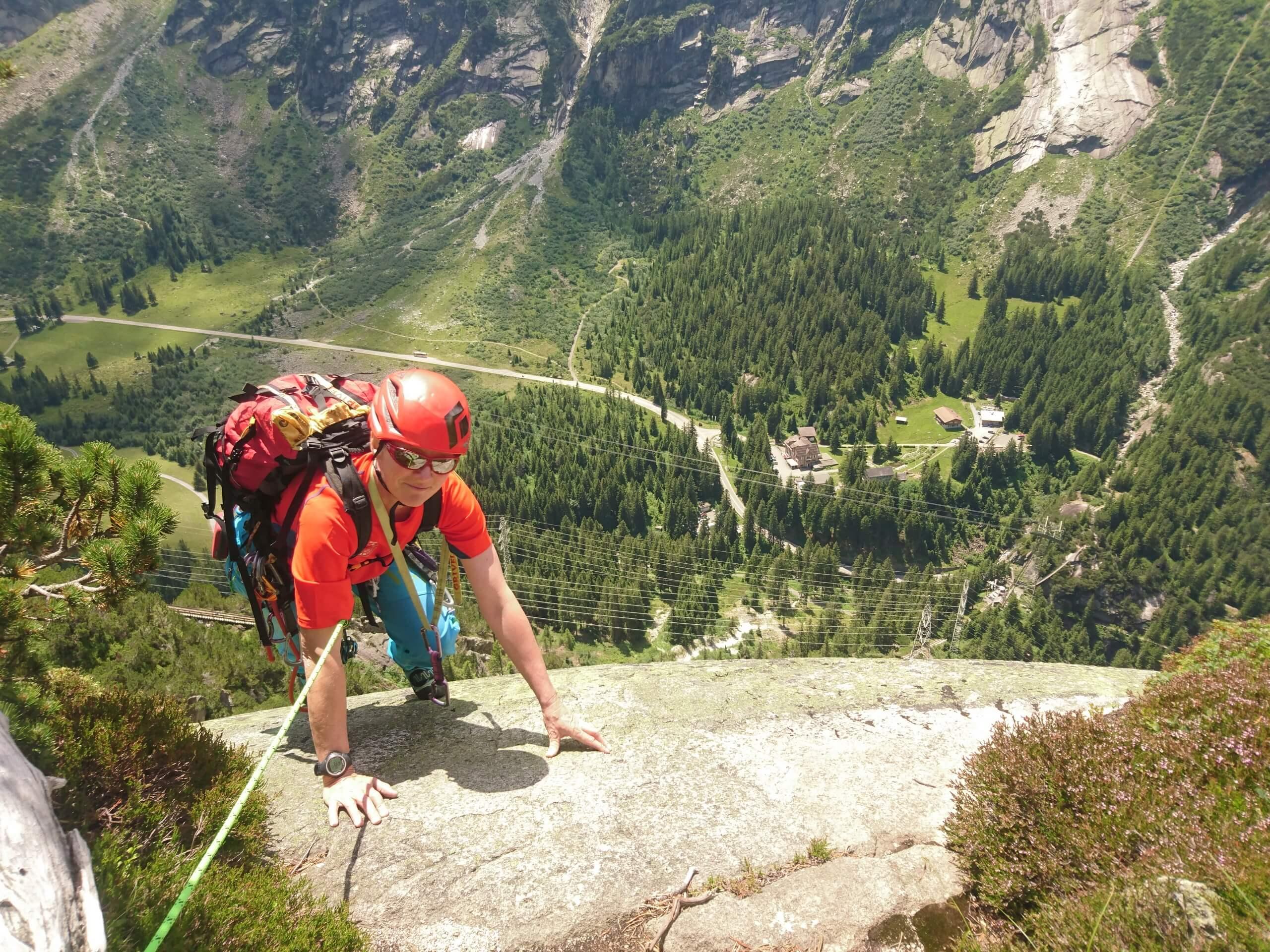 alpinschule-bergfalke-thun-interlaken-sommer-klettern