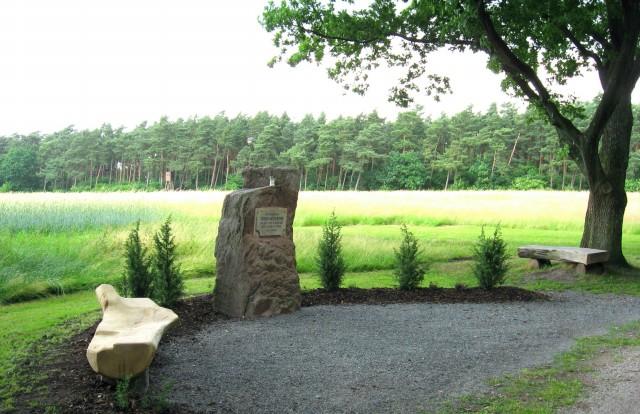 Gedenkstein für den Heimatdichter Ludwig Altenbernd