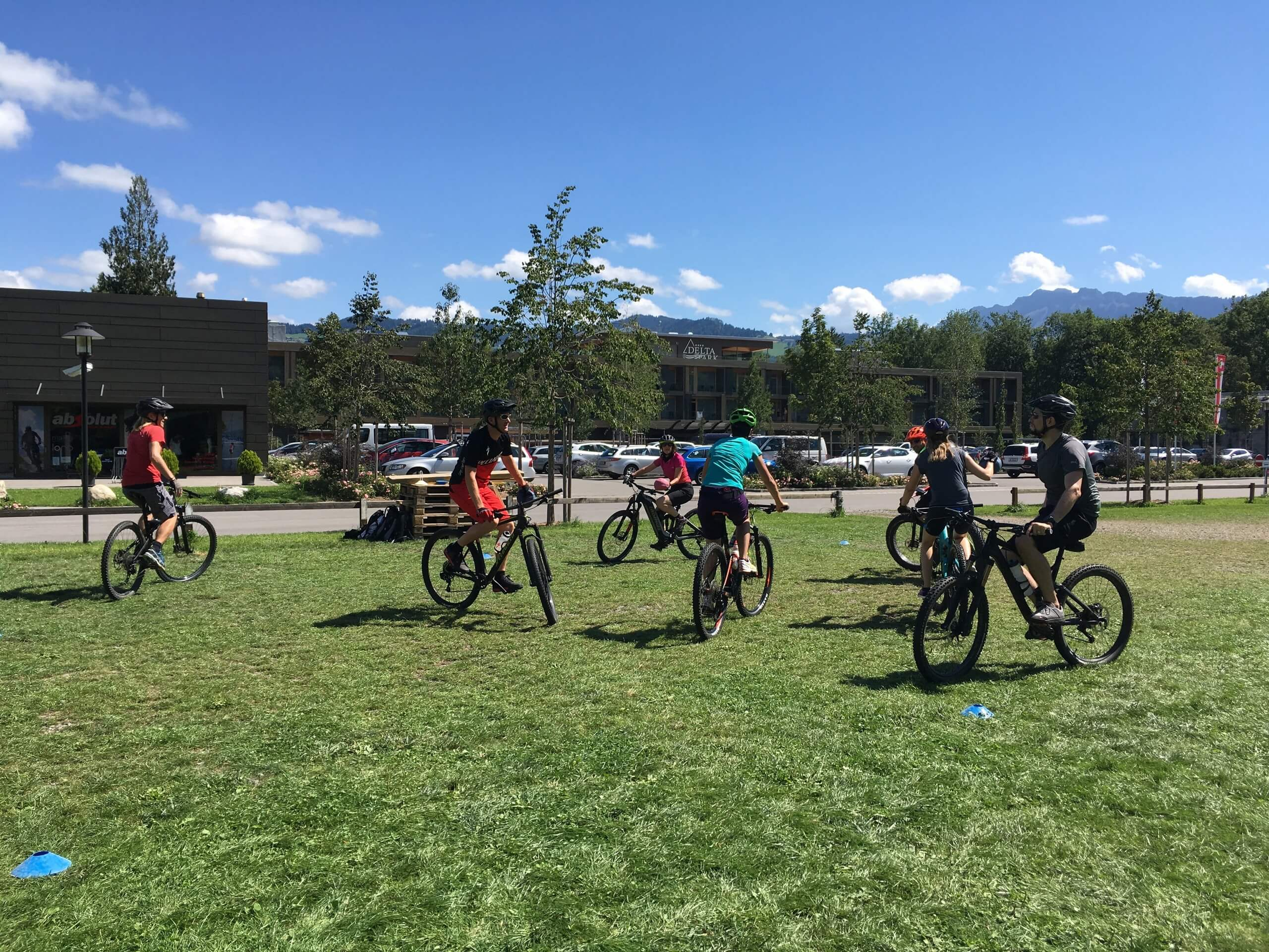 absolut-outdoor-und-events-e-bike-touren-sommer