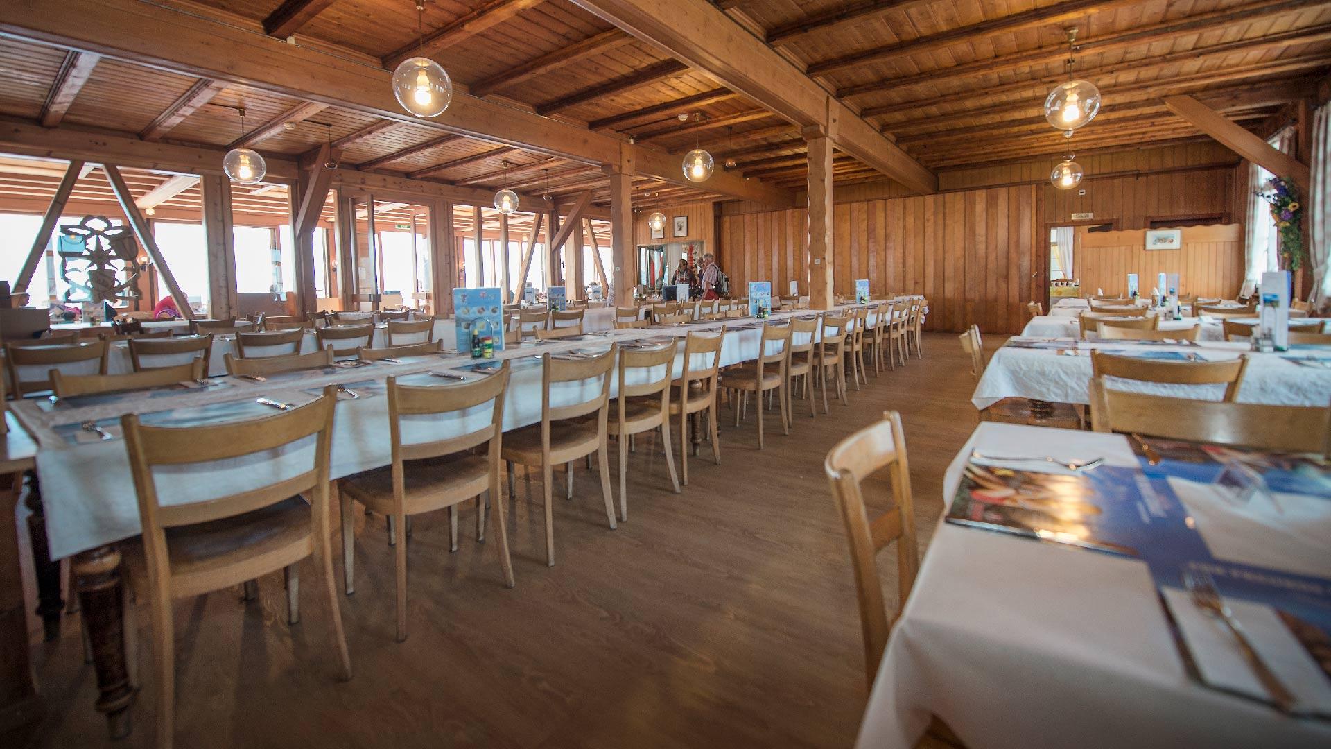 bergrestaurant-rothorn-kulm-saal