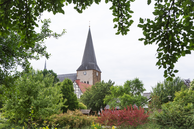Blick auf die Pfarrkirche St. Christina in Herzebrock