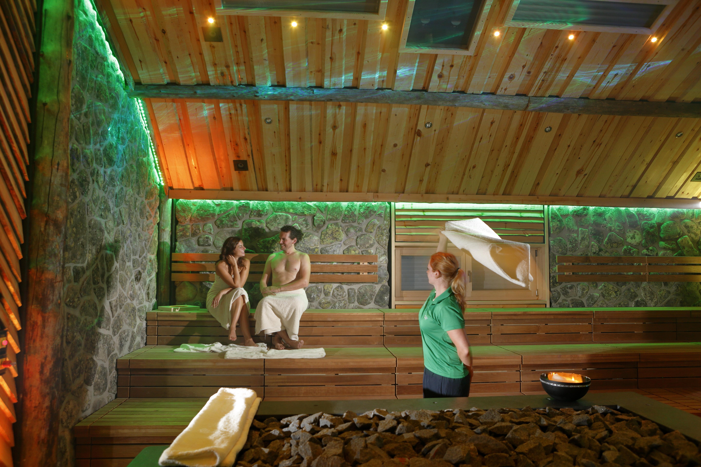"Event-Sauna ""Vaikutus"" im H2O Herford"