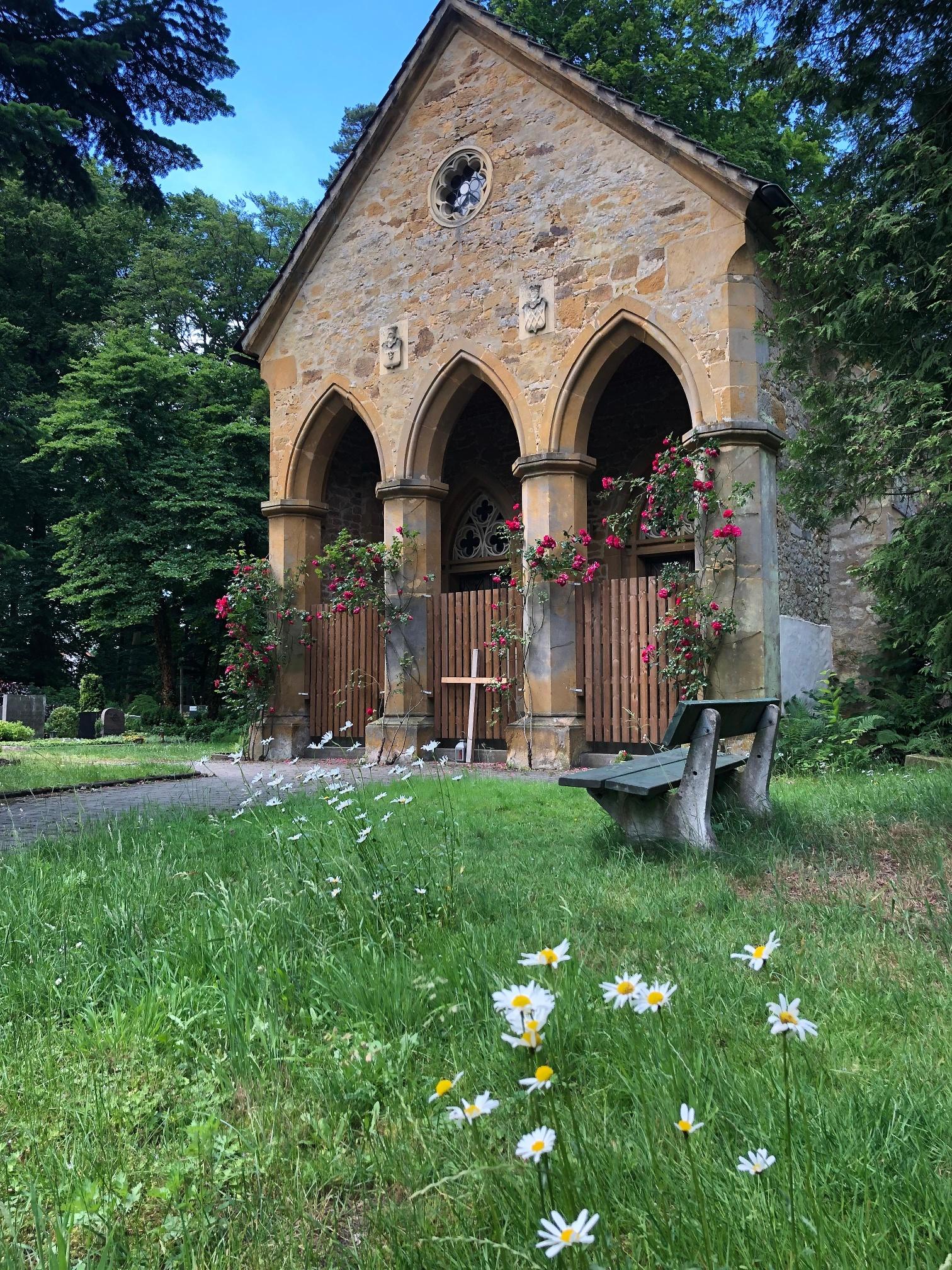 Mausoleum an der Waldkapelle Stockkämpen