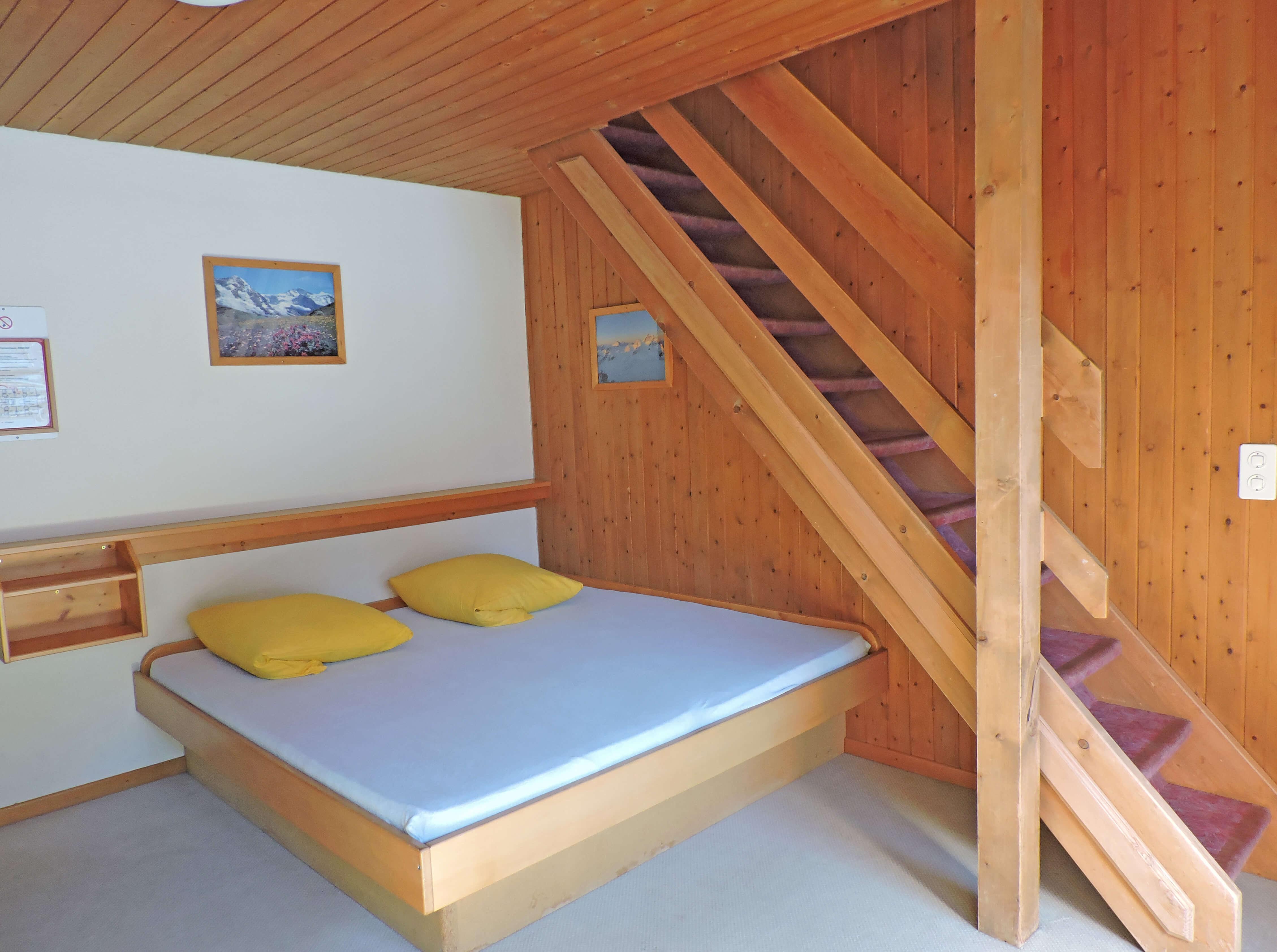 Galeriezimmer Doppelbett