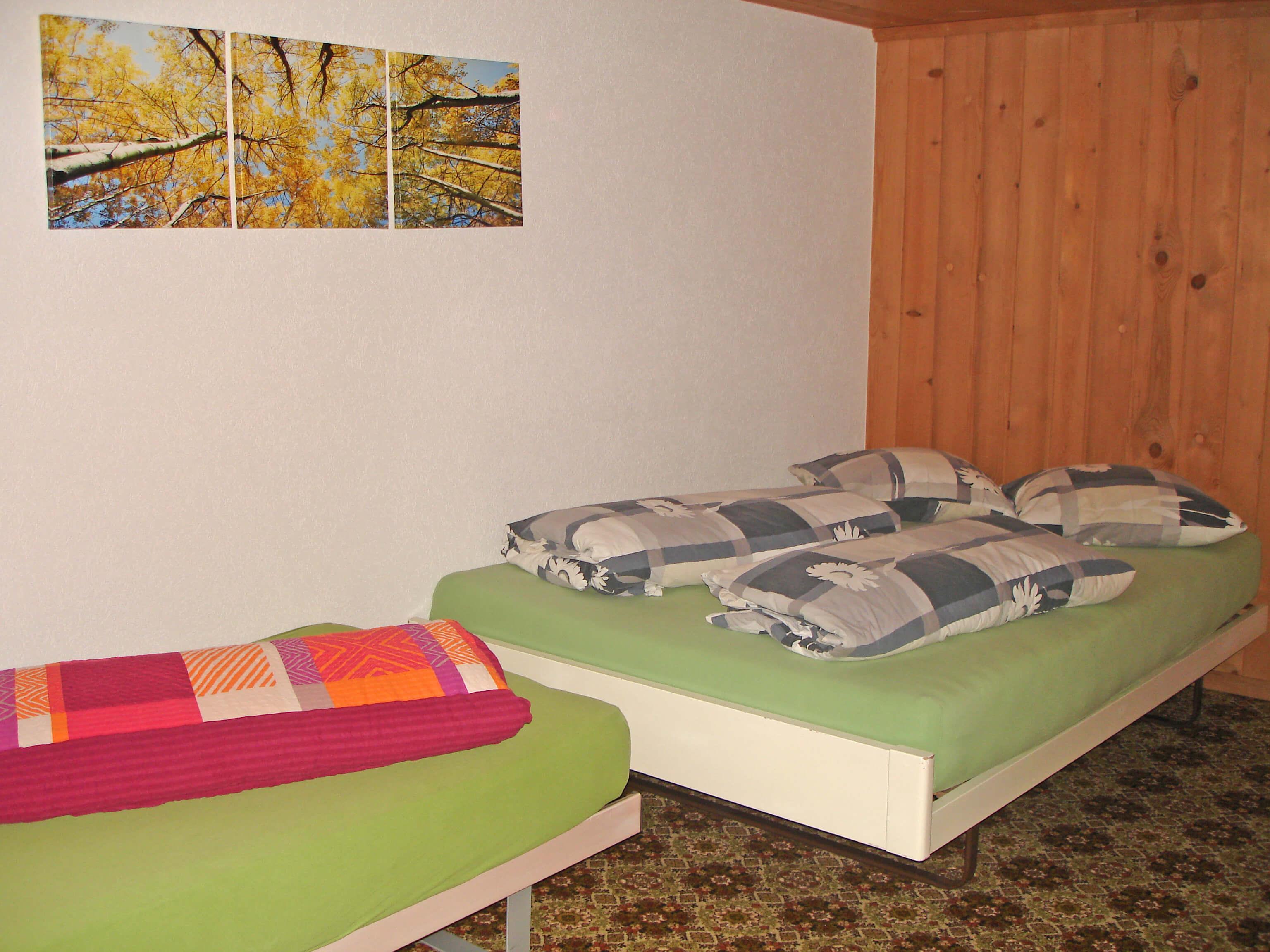 Schlafzimmer Einzelbetten Bauernhaus Eggmatte