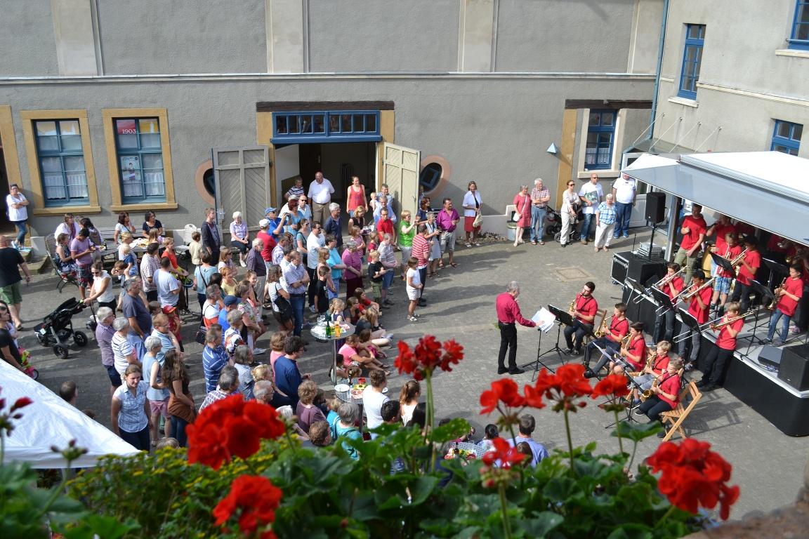 Veranstaltung im Innenhof des HAUSES WERTHER