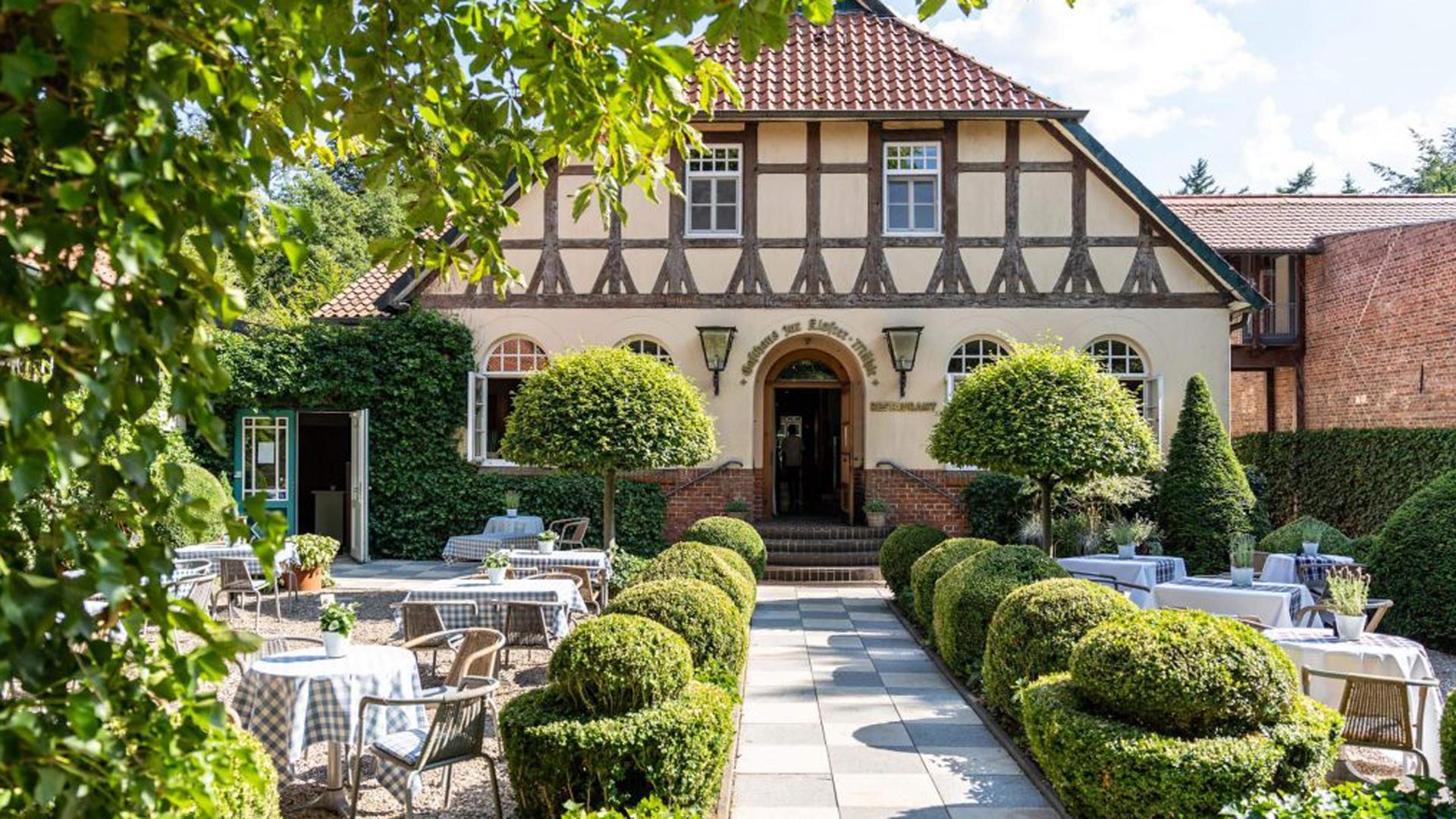 Restaurant, Biergarten, Hotel - das Hotel Zur Kloster-Mühle, ein Qualitätsgastgeber Wanderbares Deutschland