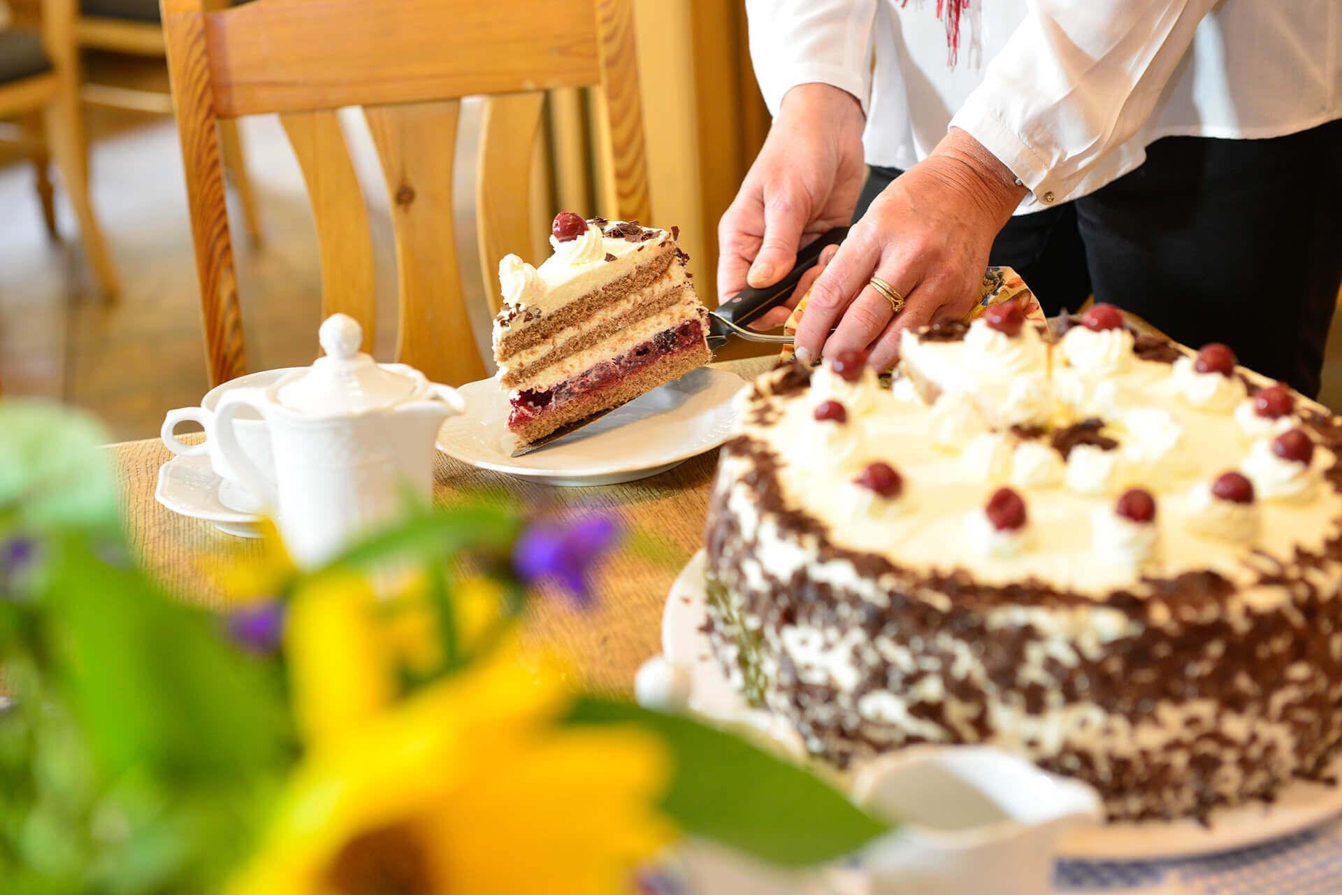 Kuchen im Landcafé Neubokel