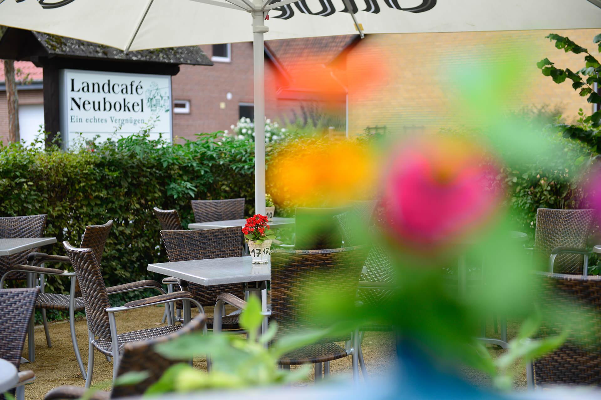 Terrasse im Landcafé Neubokel