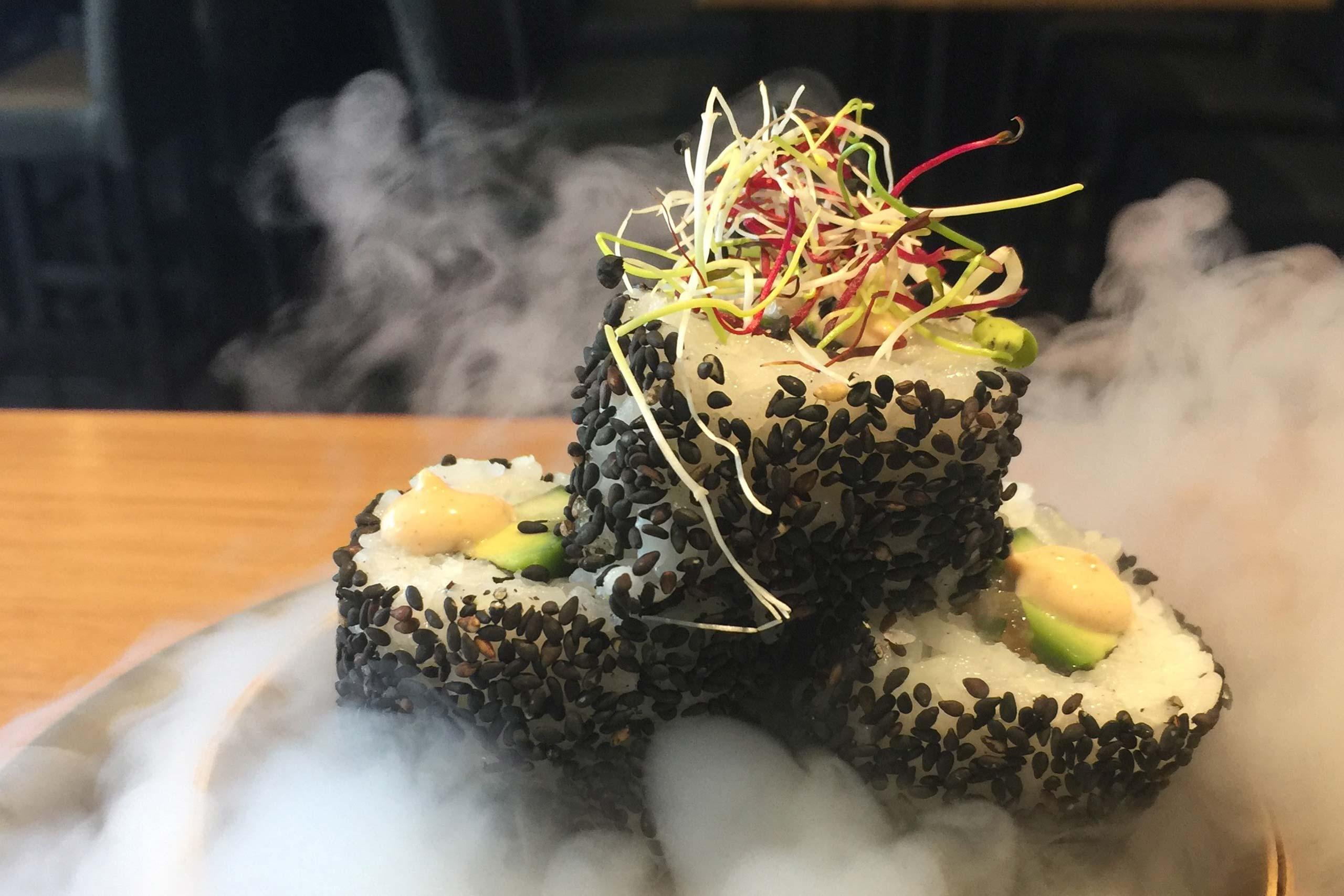 simply-sushi-rauch-nebel-sushi.jpg