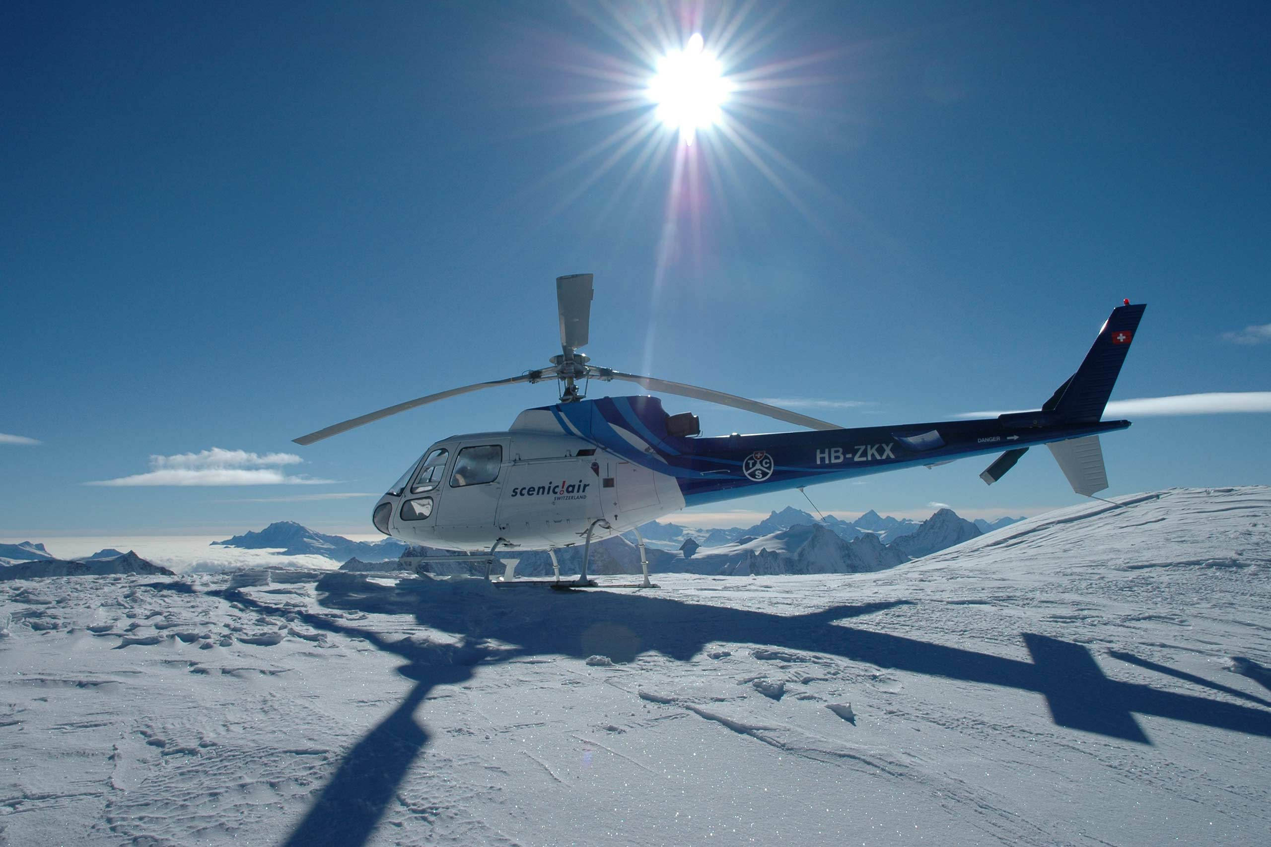 scinic-air-helikopter-sonne-gletscher-schnee-petersgrat.jpg