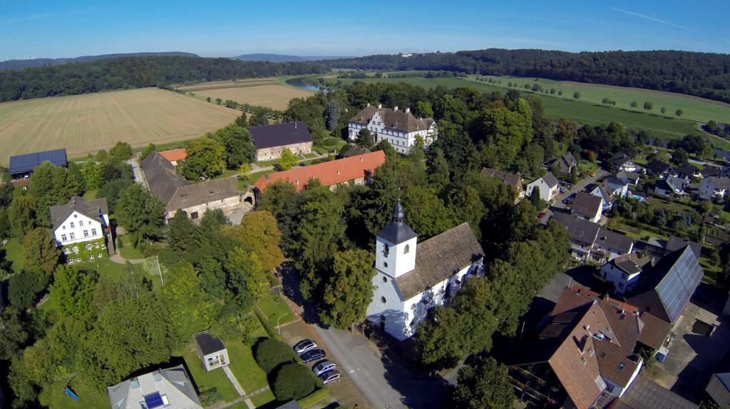 Wehrden Bereich Schloss und Kirche