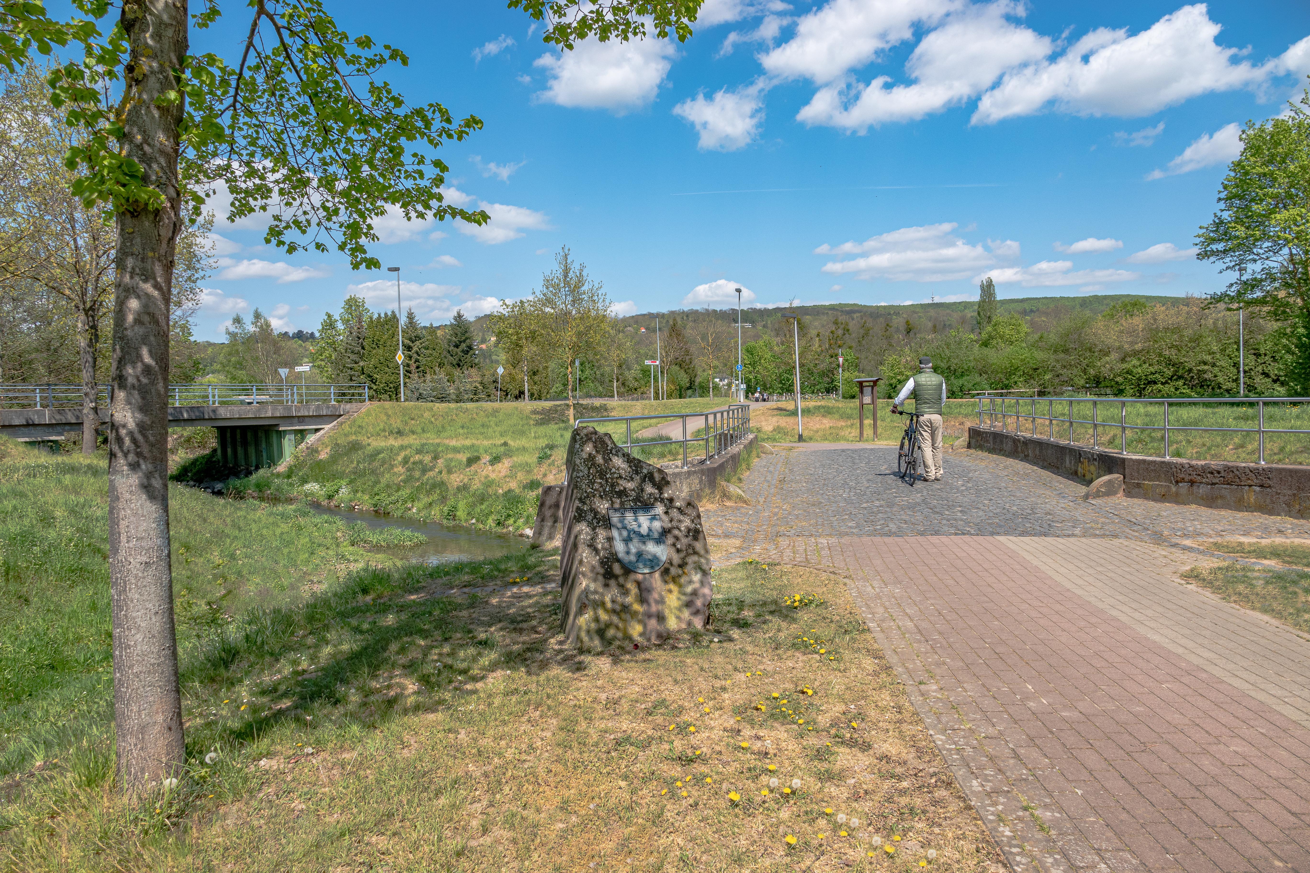Brücke aus Buntsandstein- Startpunkt Rundweg Brücken und Grenzen