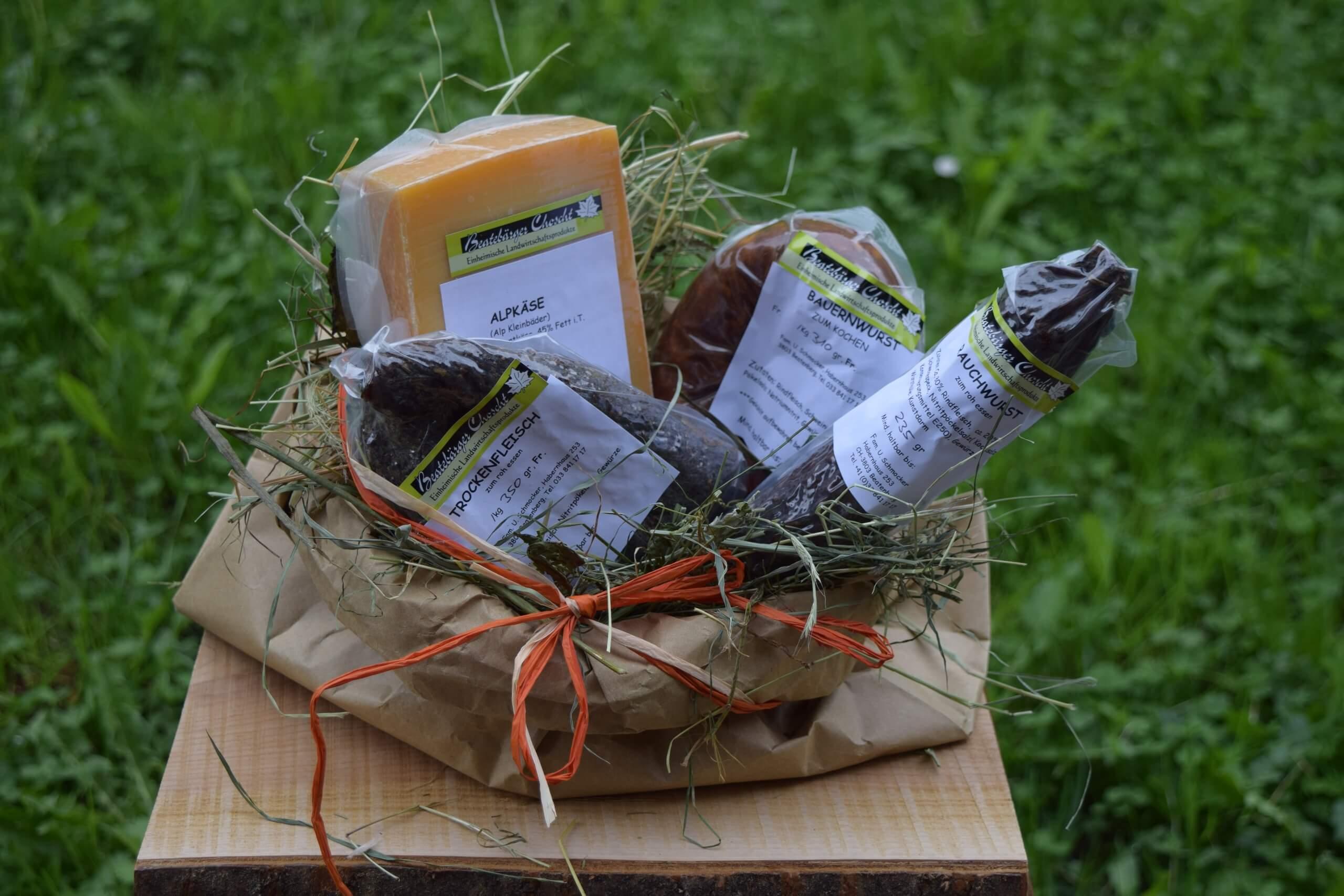 beatenberg-stallvisite-picknick-kaese-wurst