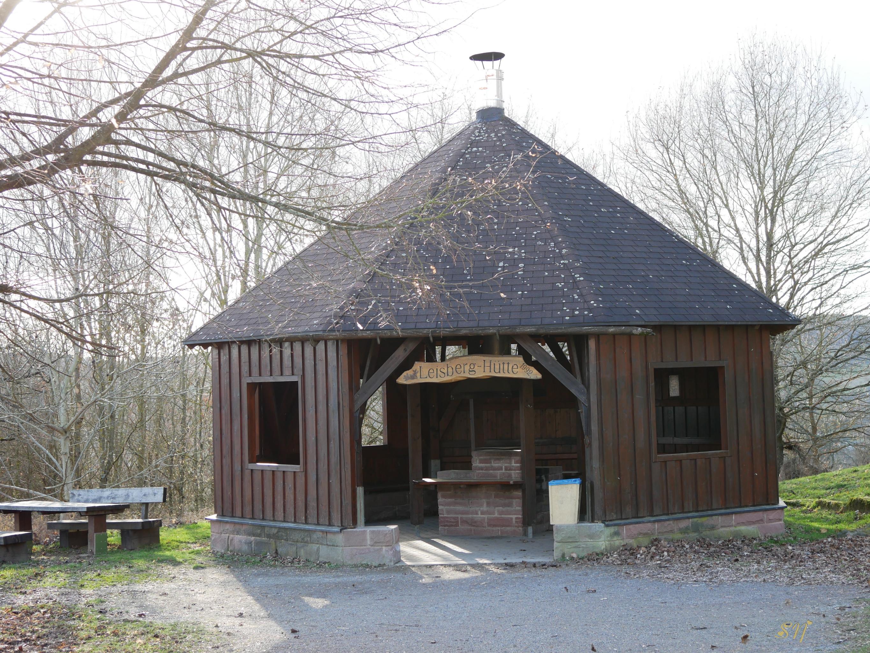 Leisberghütte im Winter Bild: Sandra Nees.jpg