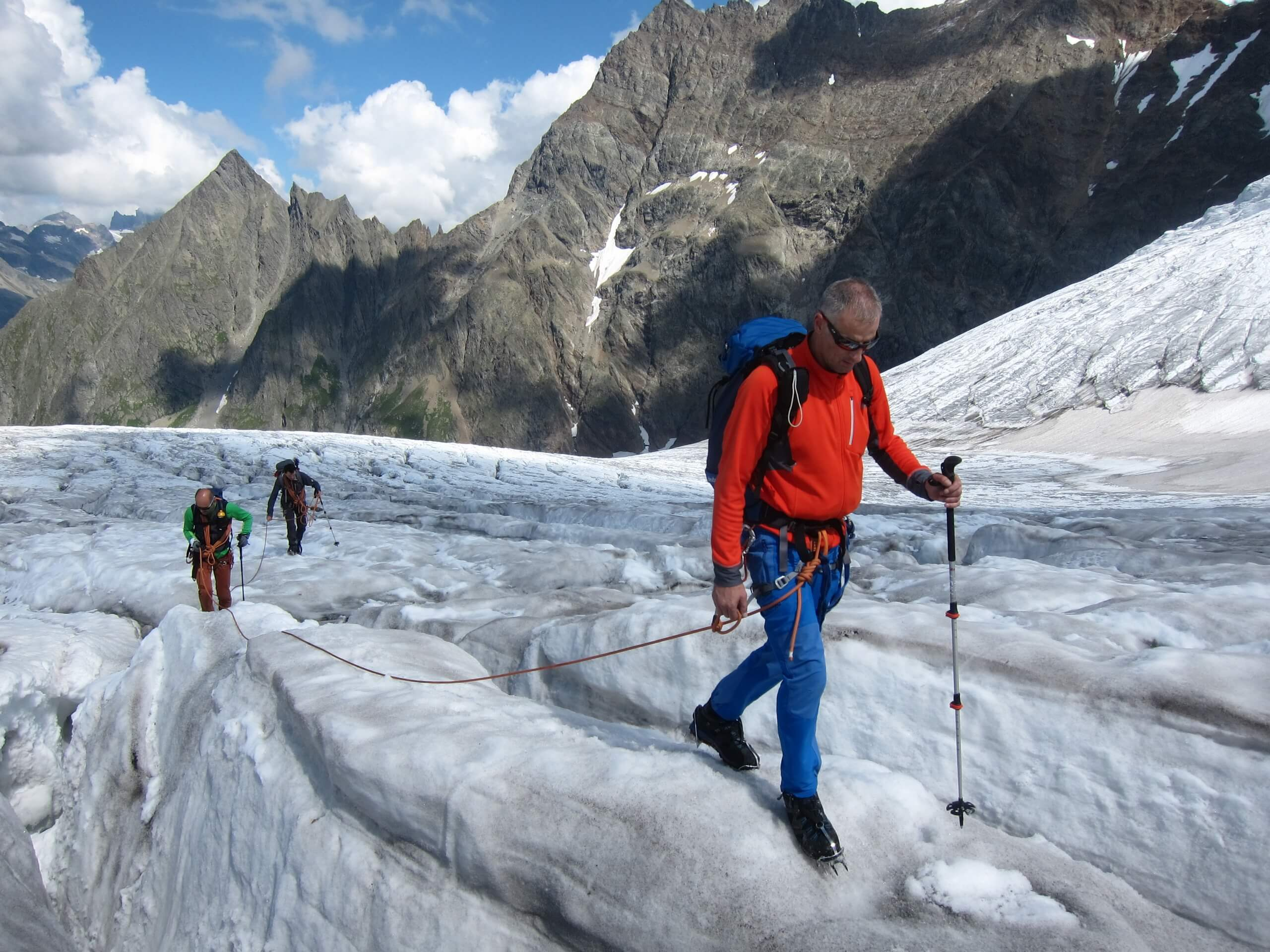 alpinschule-bergfalke-thun-gletschertrekking-winter