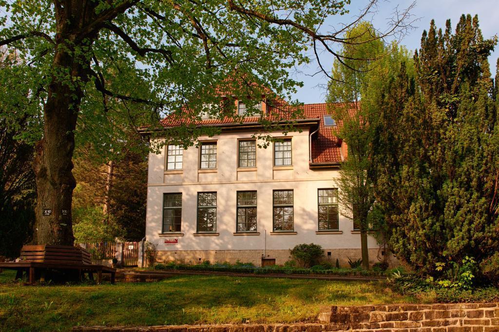 Alte Schule Leopoldstal - Außenansicht