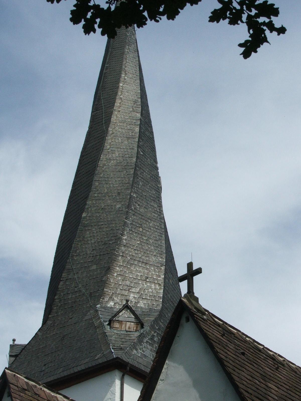 gedrehter Kirchturm Heiden