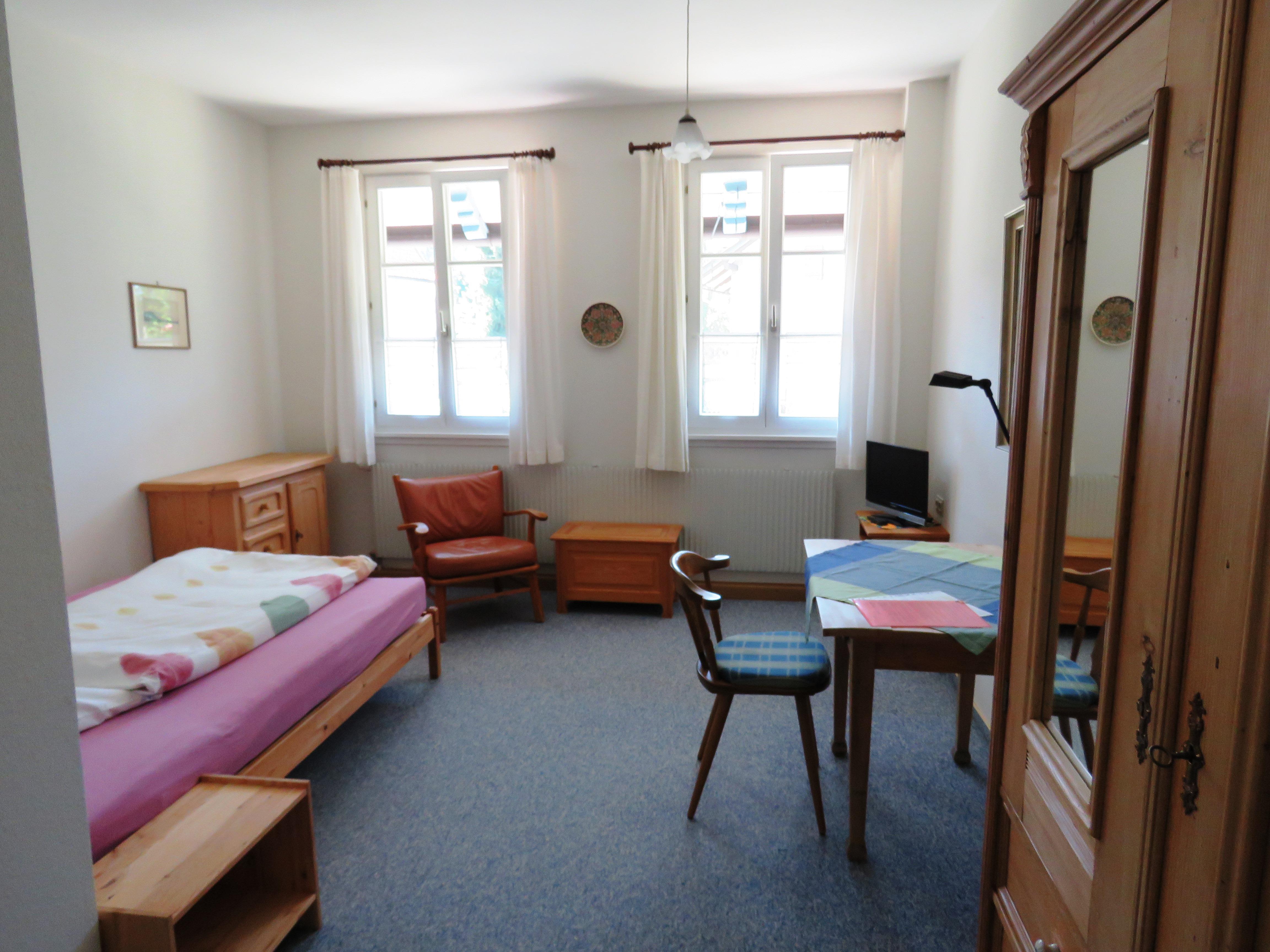 Zimmer 3, Einzelzimmer mit Dusche und WC