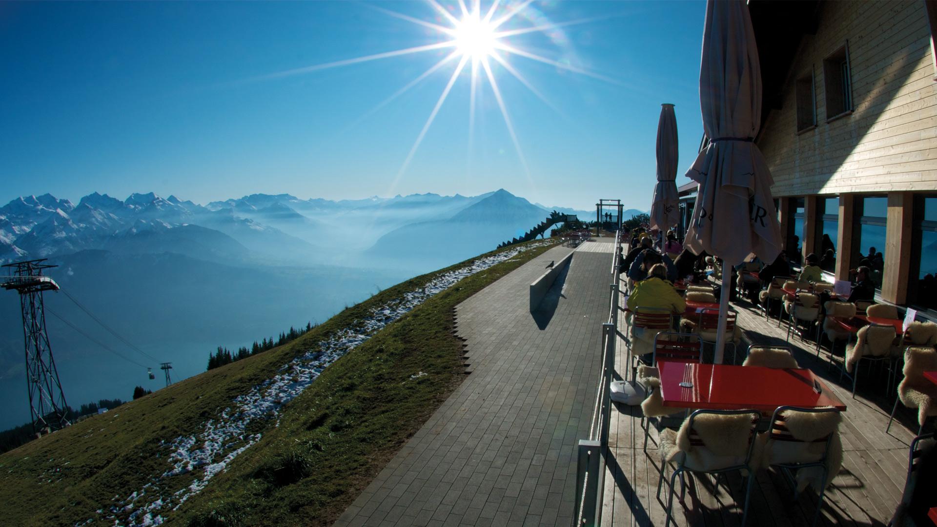 berghaus-niederhorn-terrasse