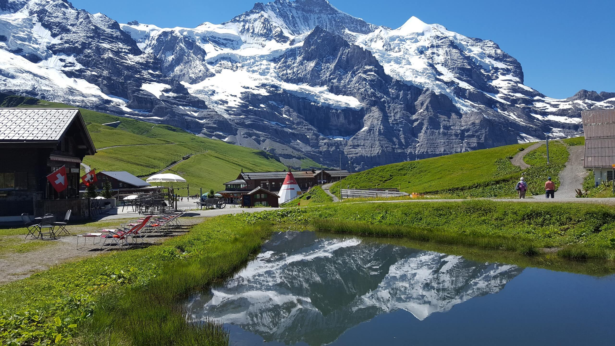 interlaken-privatetour-pure-switzerland-berge