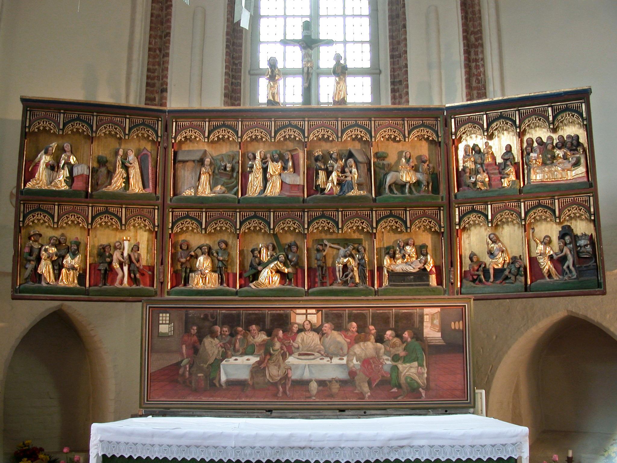 Klappaltar in der Klosterkirche Isenhagen