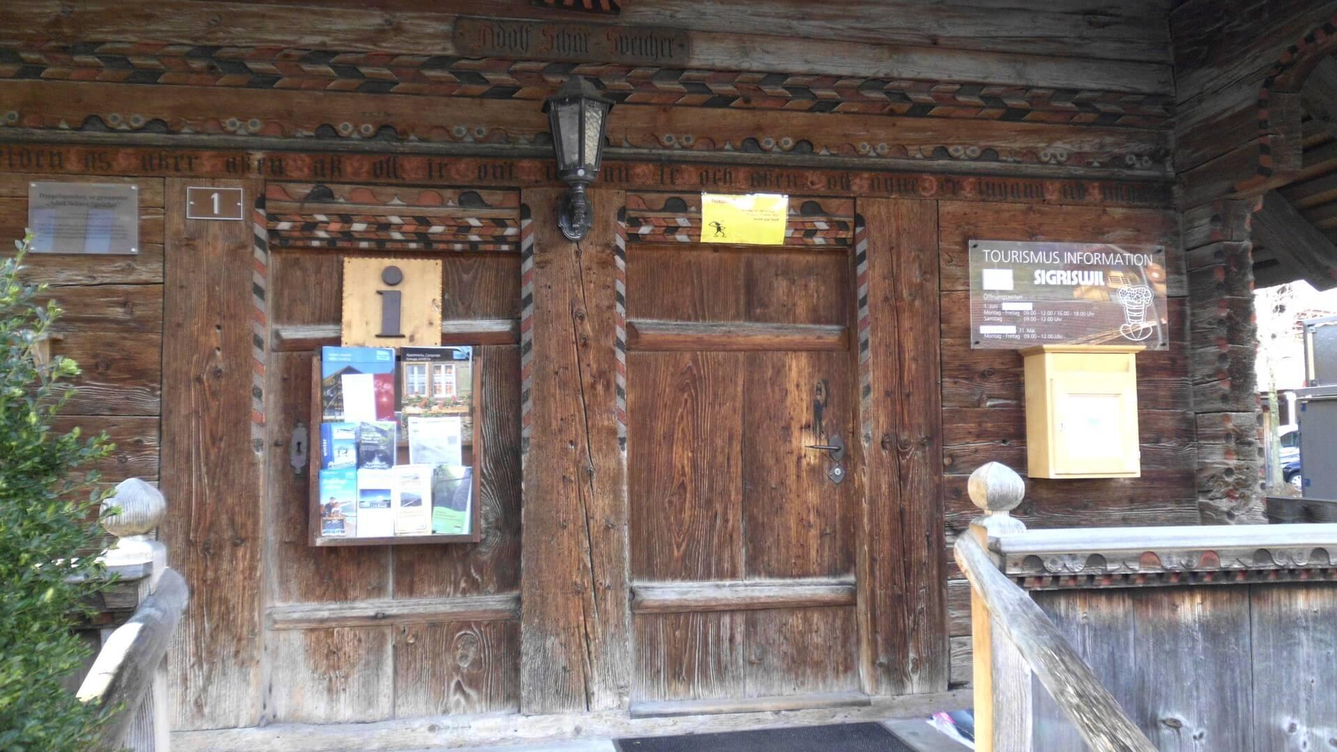 sigriswil-tourismusbuero-eingang