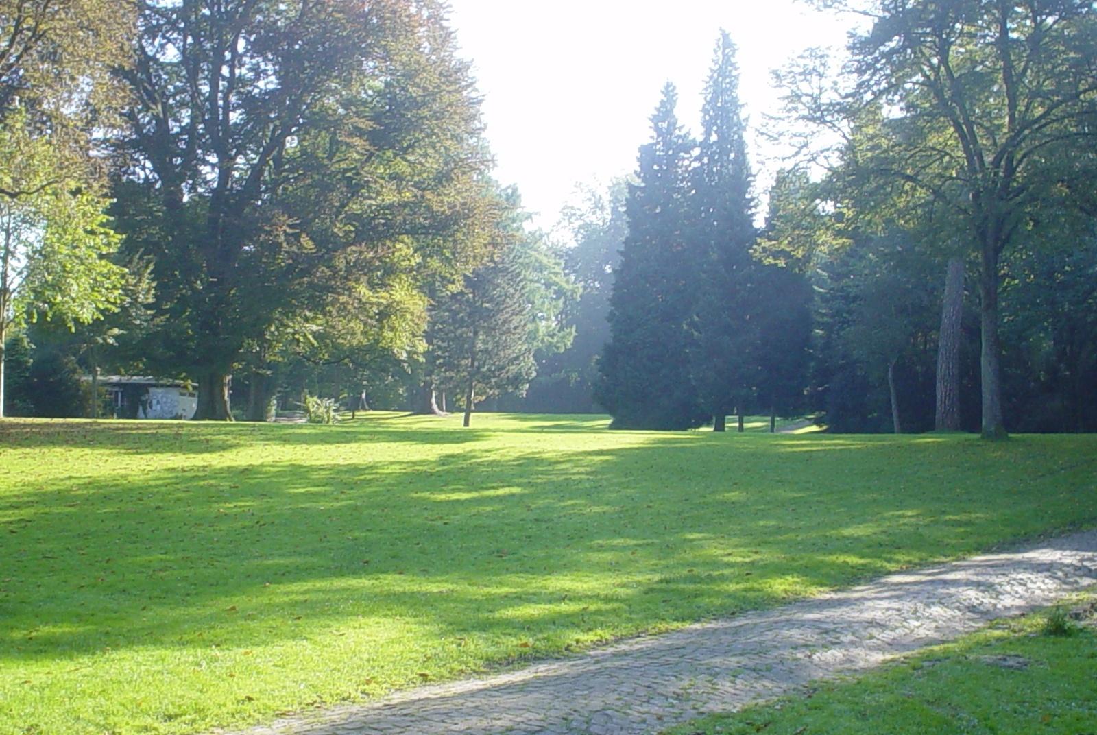 Palaisgarten 2