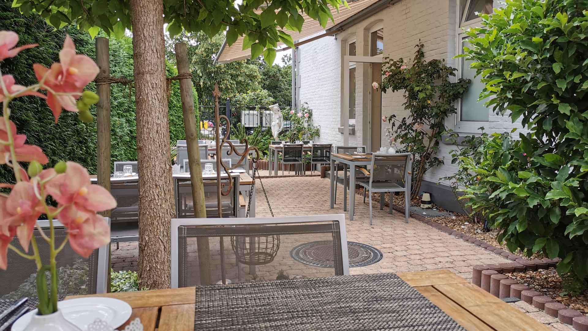 celle-restaurant-esszimmer-terrasse-2