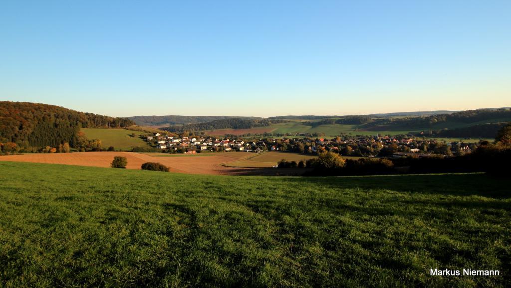 Weserhöhen_Blick_zurück_auf_Ottbergen