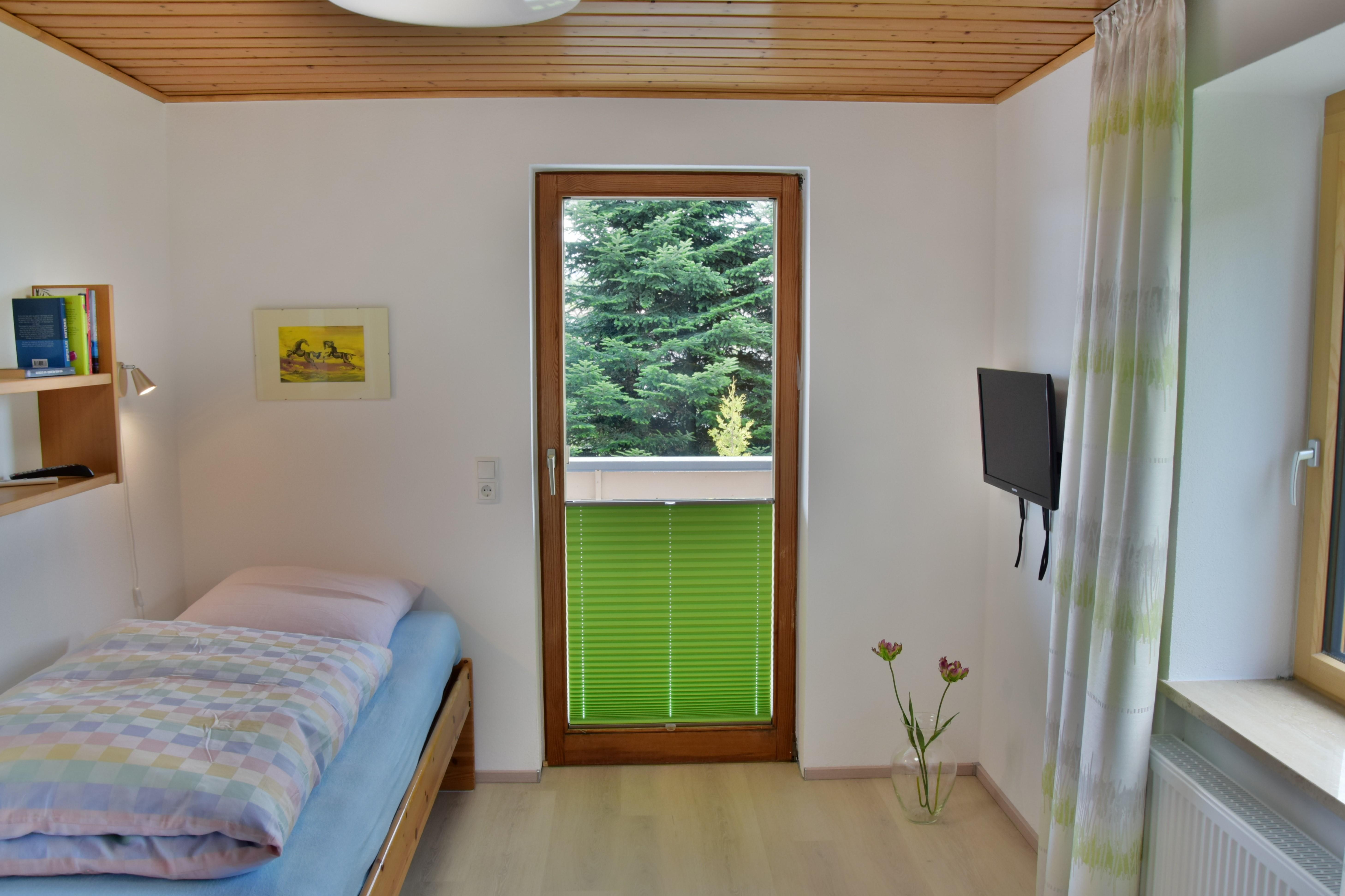 Ferienwohnung Bienenkorb, Einzelschlafzimmer