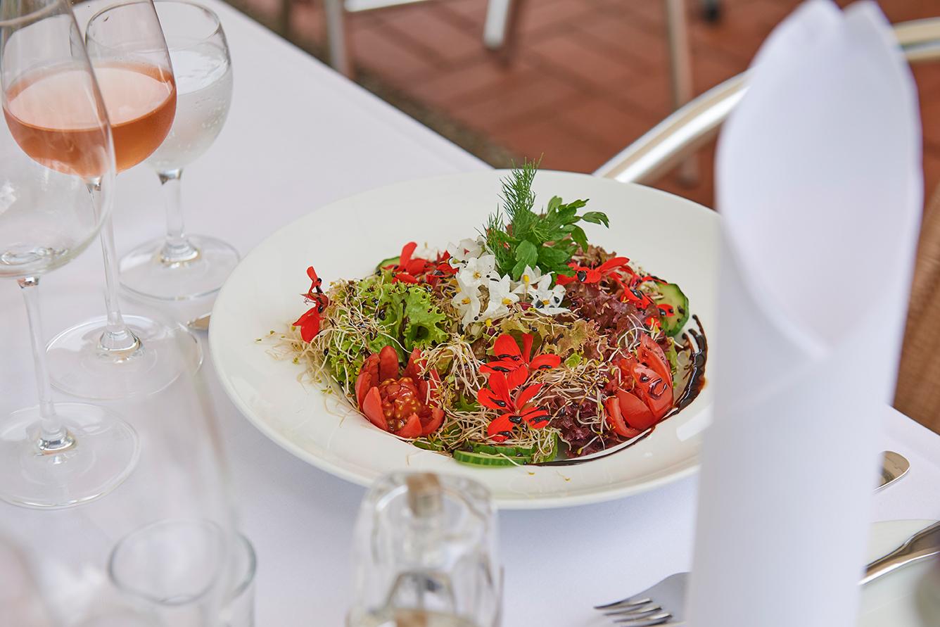 Salatteller Seehotel am Tankumsee